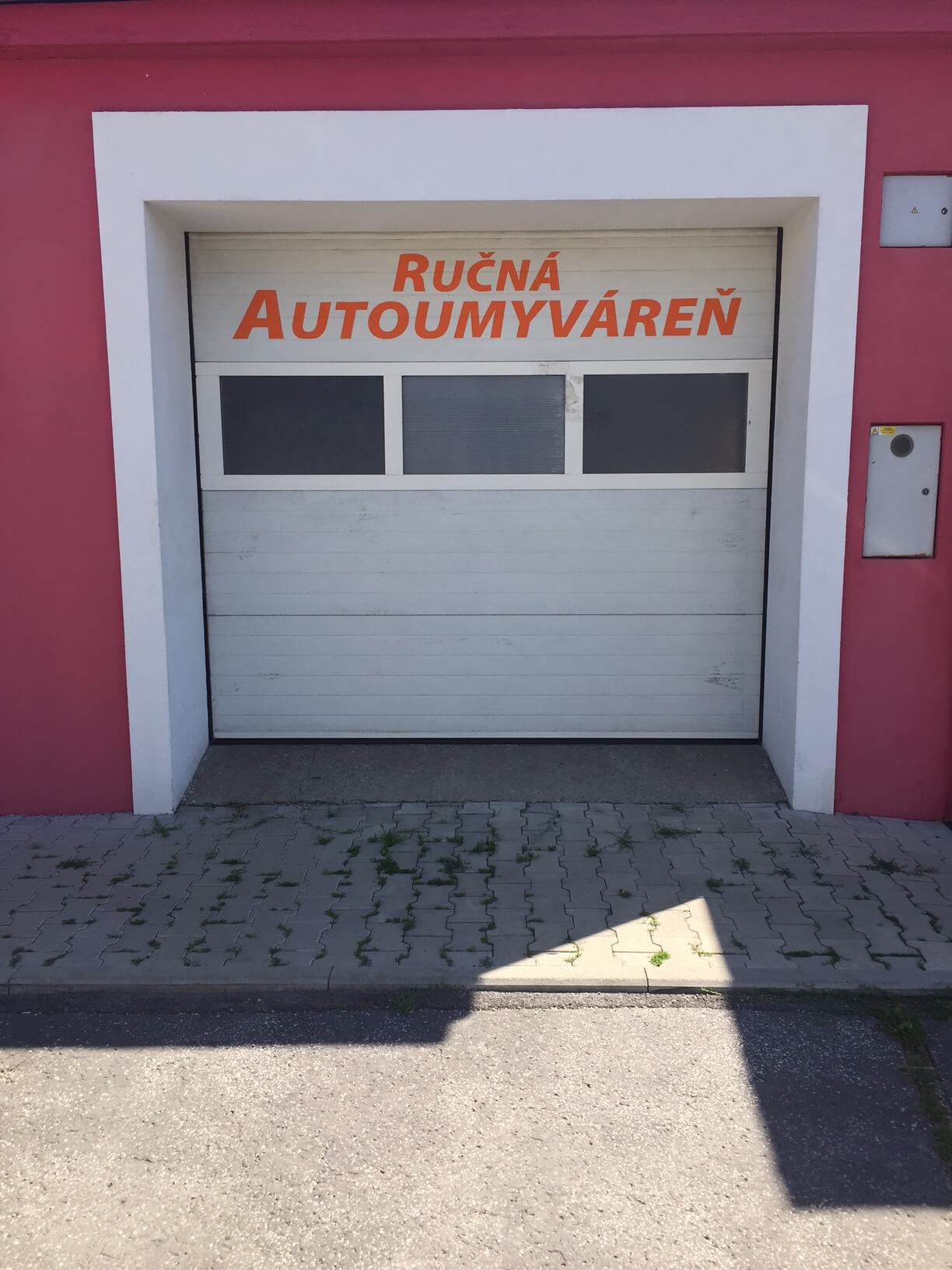 Predané: Predaj obchodného priestoru, najlepšie pre Autoservis, Pezinok, Ulica Mýtna/Šenkvická cesta. 240 m2-7