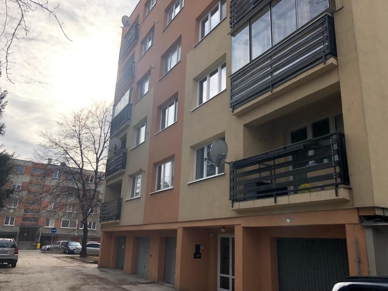 Predaný: Exkluzívne na predaj 3 izb. byt, 81,7m2, balkón 5 m2, pivnica 6m2, garáž, Dunajská Lužná, ulica Brezová-31