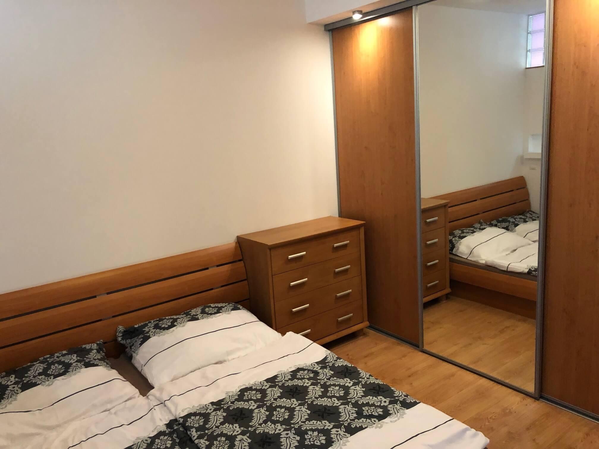 Predané: Exkluzívne na predaj 3 izb. byt, 72 m2, balkón 8 m2, parkovacie státie, Bratislava, Petržalka, Budatínska-35