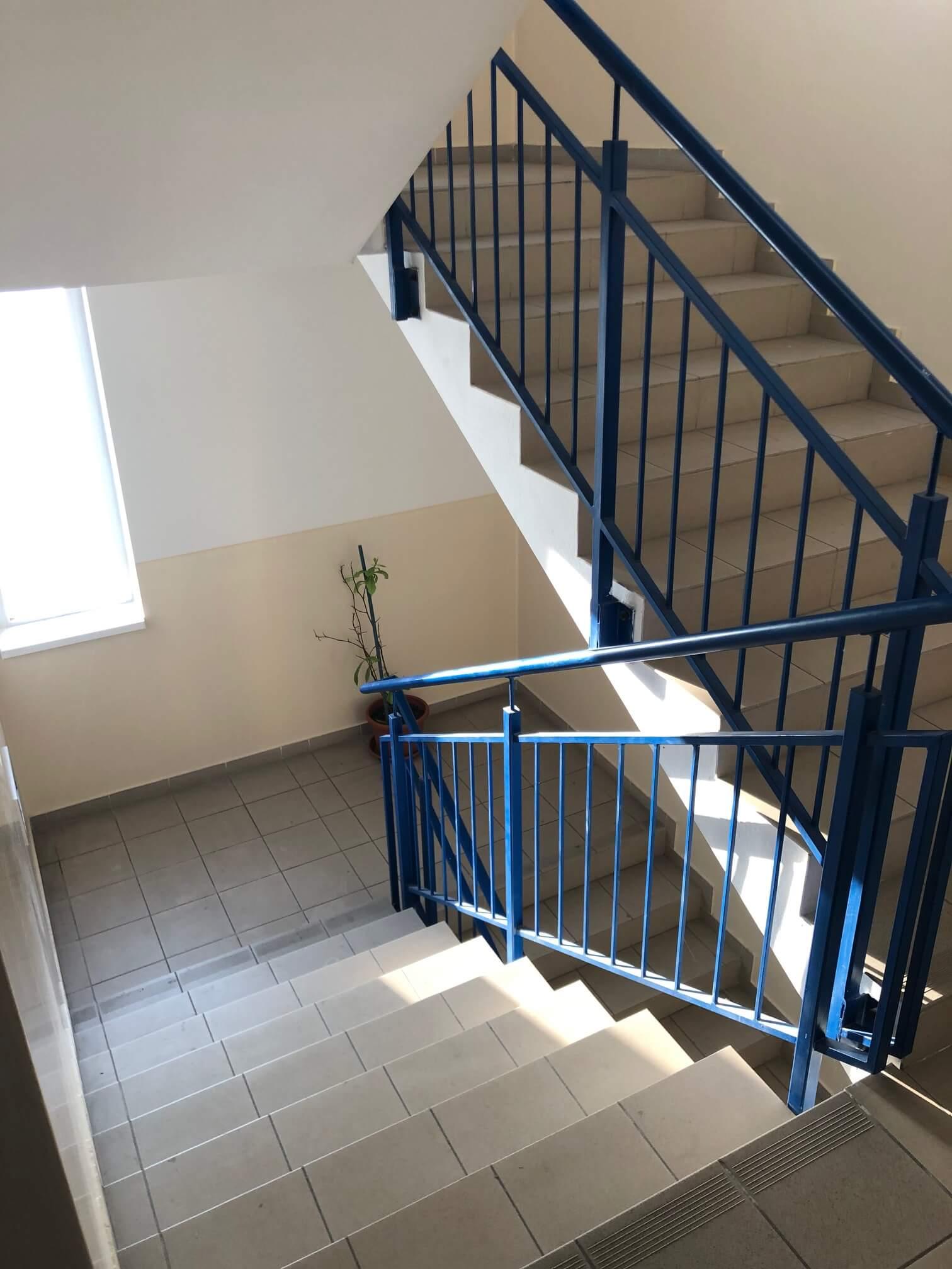 Predané: Exkluzívne na predaj 3 izb. byt, 72 m2, balkón 8 m2, parkovacie státie, Bratislava, Petržalka, Budatínska-25