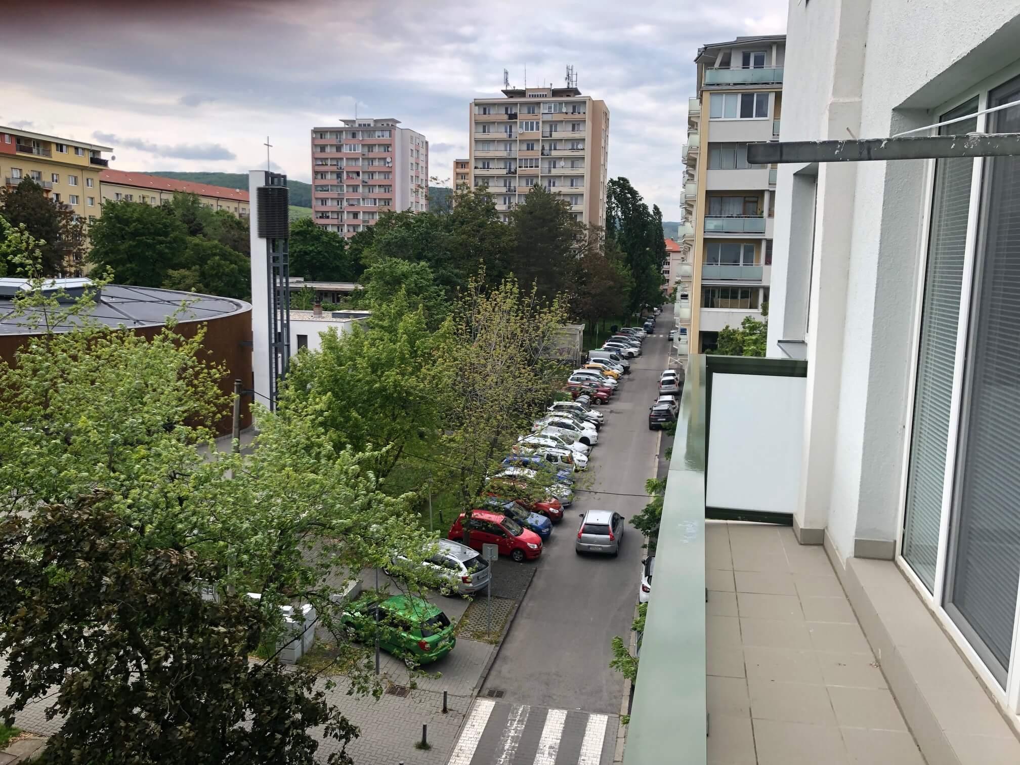Prenajatý: 3 izbový byt, Račianska 85, 63m2, balkon 10m2, výborná lokalita-45