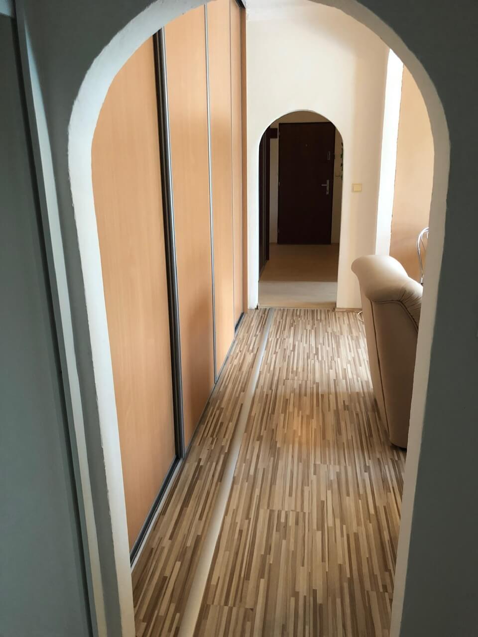 Prenajatý: 3 izbový byt, Račianska 85, 63m2, balkon 10m2, výborná lokalita-25