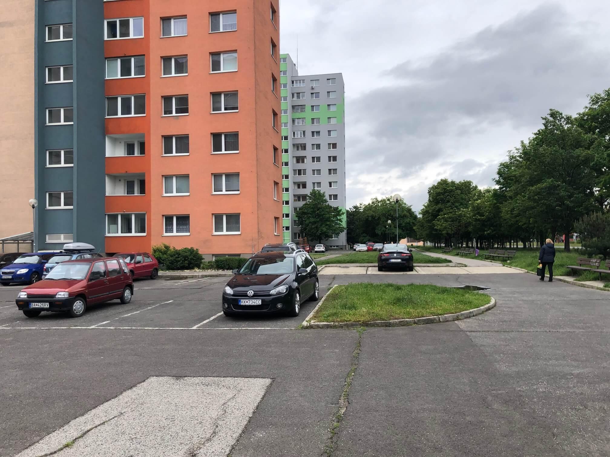 Predaný: 1 izbový byt, Ipeľská, Bratislava, 38m2, nízke náklady, parkovanie, vynikajúca občianska vybavenosť-27