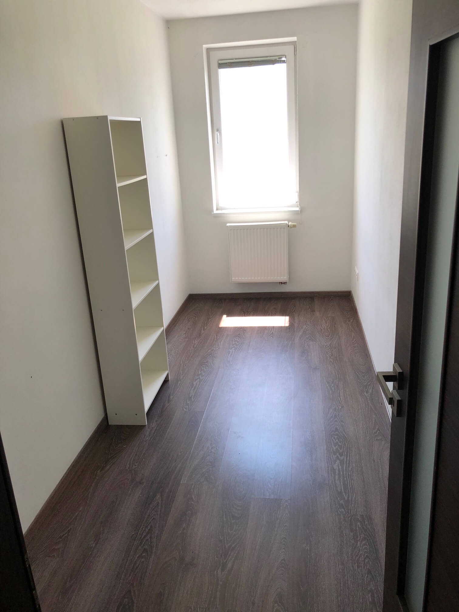 Predané: 3 izbový byt, novostavba, 72,25m2, loggia 4,82m2, Staré Grunty, Karlovka, garážové státie-37