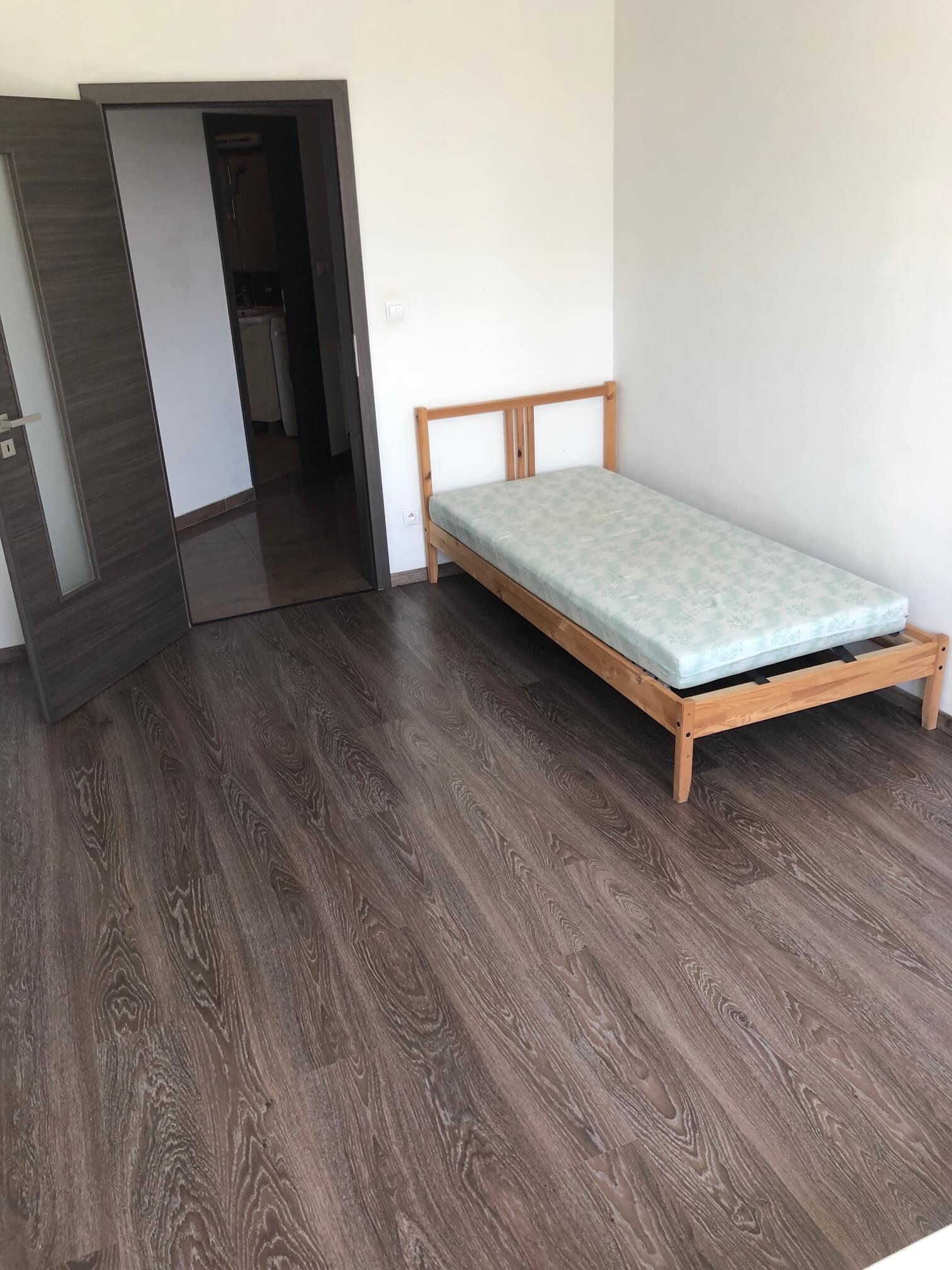 Predané: 3 izbový byt, novostavba, 72,25m2, loggia 4,82m2, Staré Grunty, Karlovka, garážové státie-17