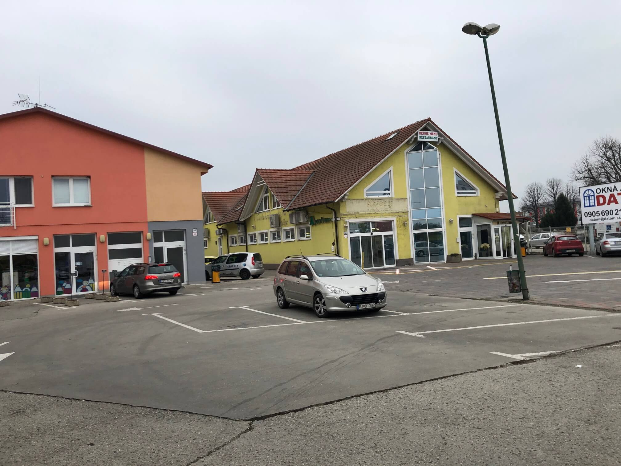 Prenajaté: Prenájom 2 izb. byt, Luxusne zariadeny, v tichej lokalite, Brnianska 4, nad Farbičkou, Malacky,-25