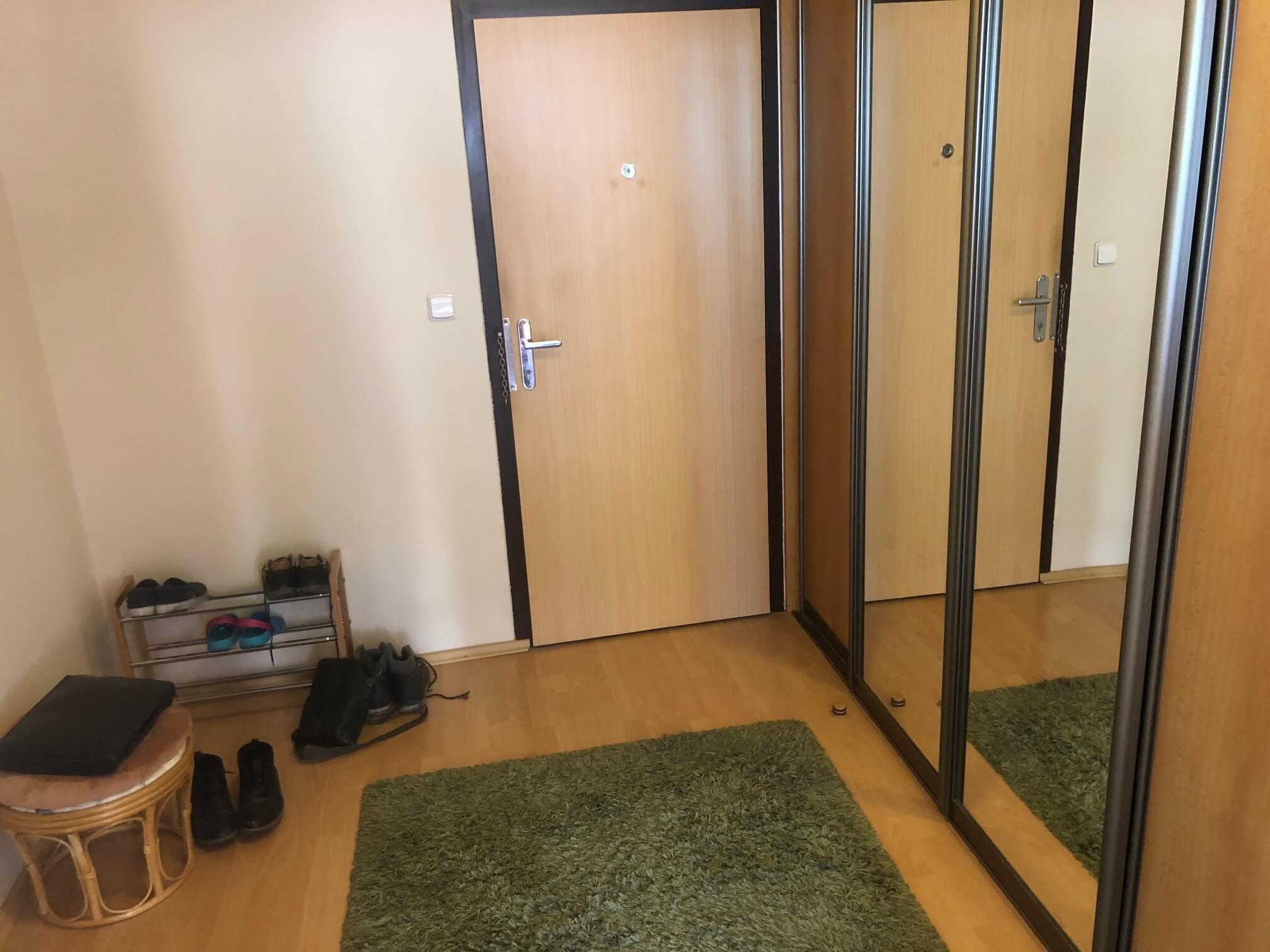 Predané: Exkluzívne na predaj 3 izbový byt, Devínska Nová Ves, Jána Poničana 3, 65m2, balkon 4m2,klimatizácia-42