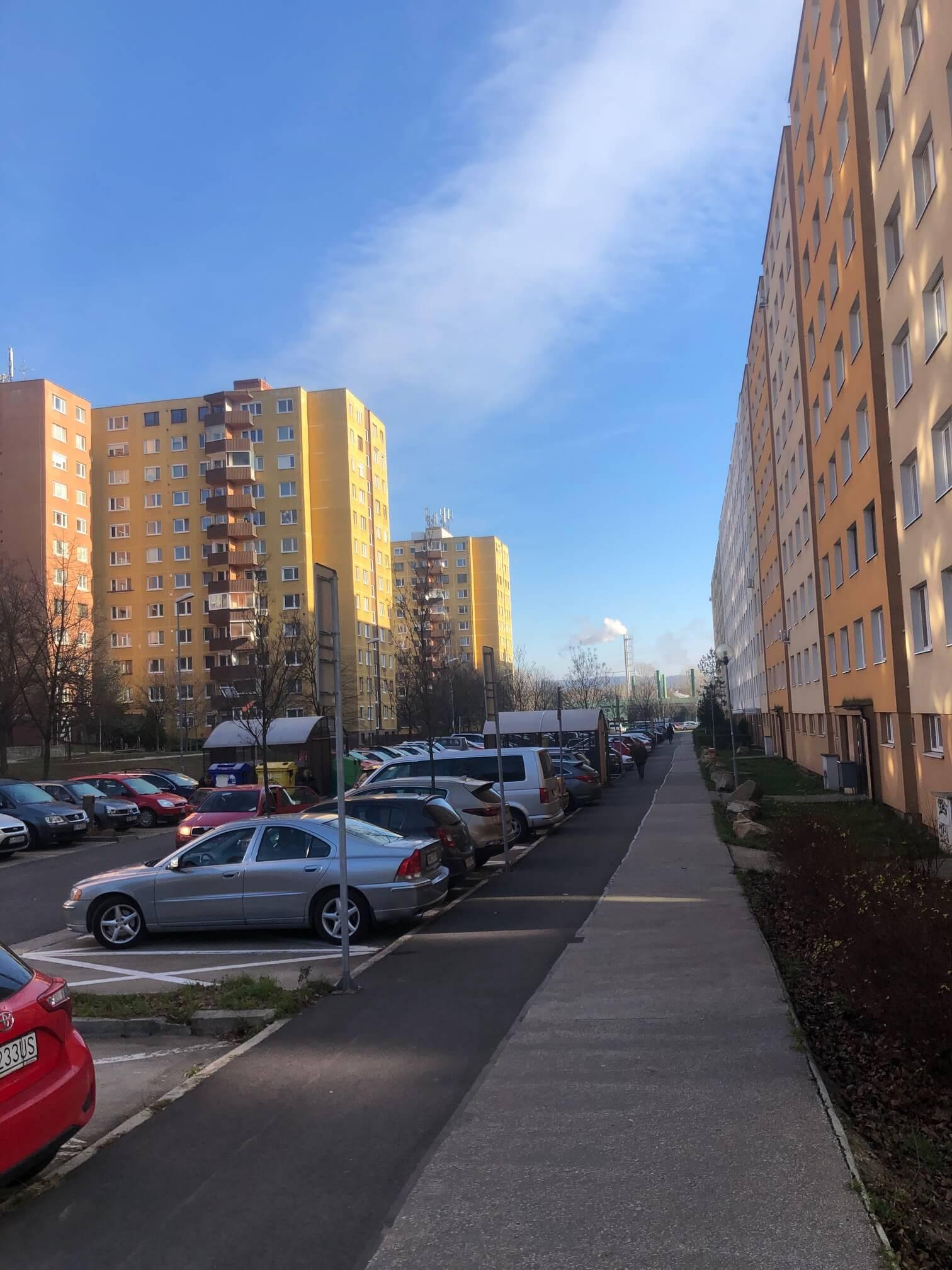 Predané: Exkluzívne na predaj 3 izbový byt, Devínska Nová Ves, Jána Poničana 3, 65m2, balkon 4m2,klimatizácia-7