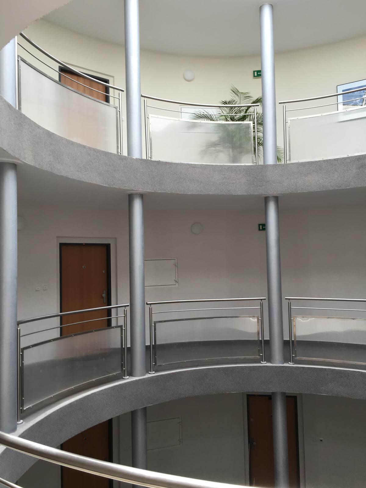 Prenajate: Prenájom 4 izbového luxusného bytu, Pri Slavíne, novostavba, 2x parkovanie, Boženy Nemcovej, Centrum-58