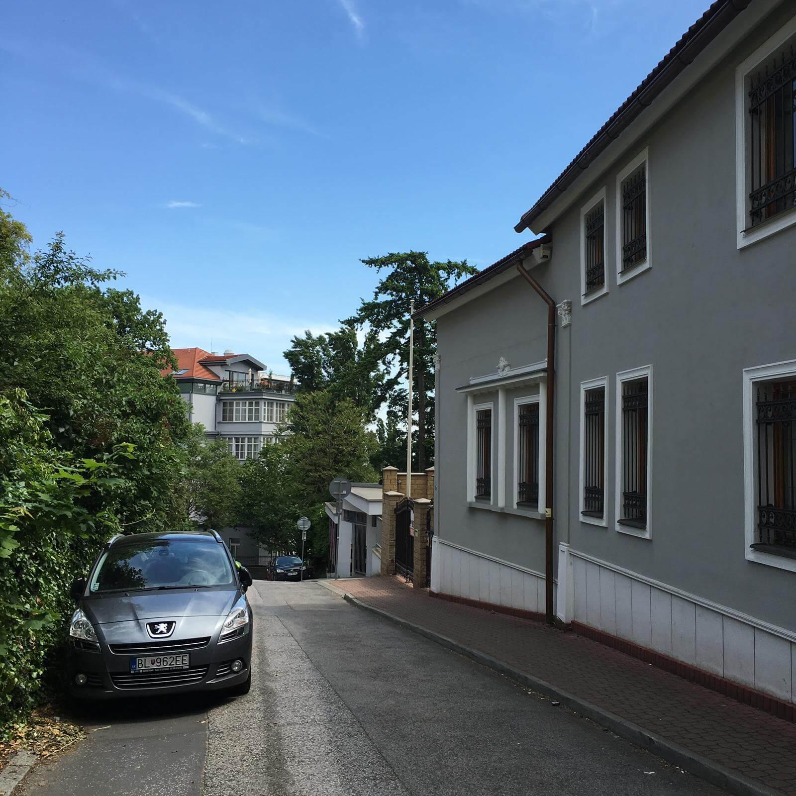 Prenajate: Prenájom 4 izbového luxusného bytu, Pri Slavíne, novostavba, 2x parkovanie, Boženy Nemcovej, Centrum-50
