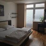 Prenajate: Prenájom 4 izbového luxusného bytu, Pri Slavíne, novostavba, 2x parkovanie, Boženy Nemcovej, Centrum-36