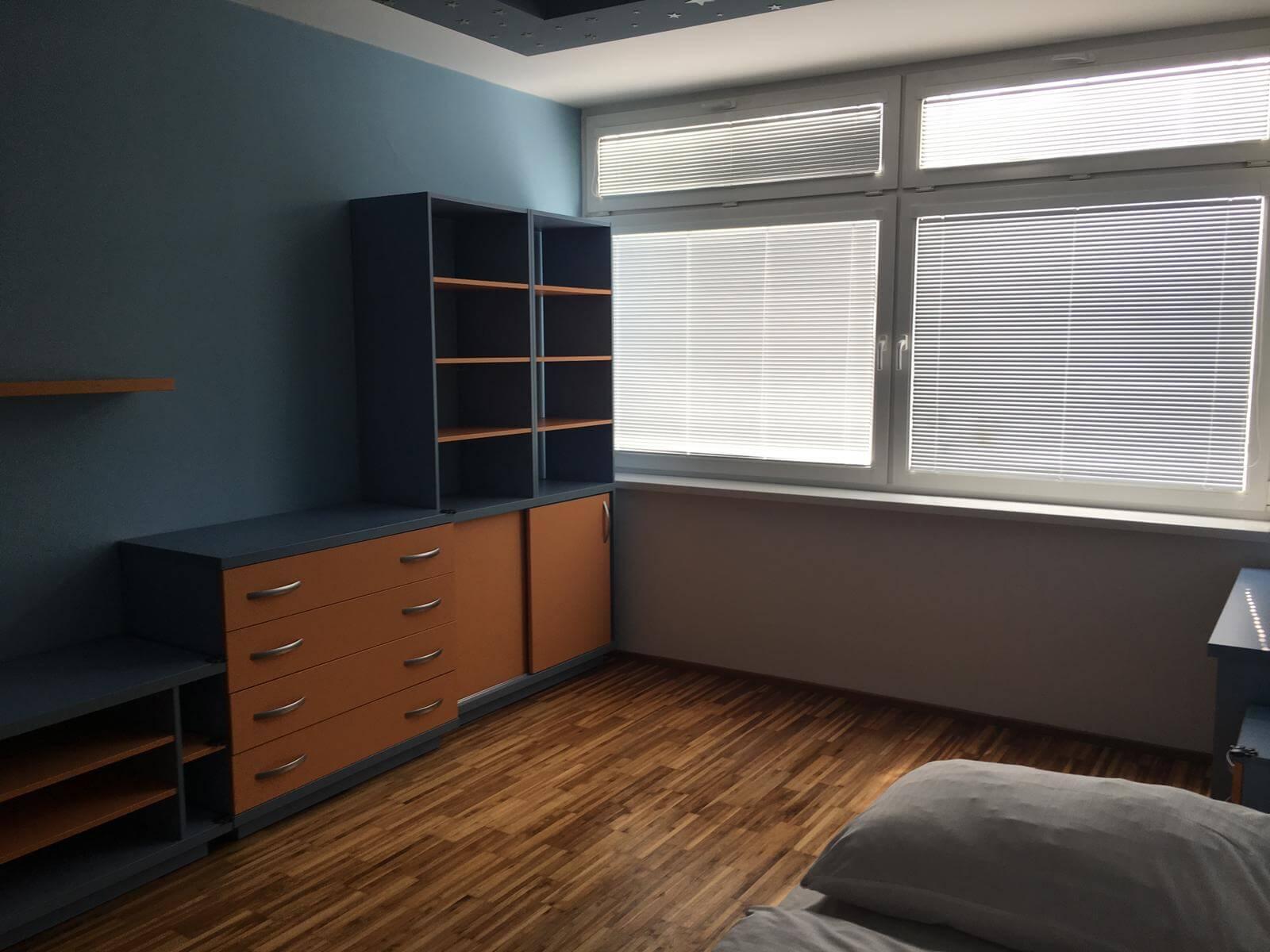 Prenajate: Prenájom 4 izbového luxusného bytu, Pri Slavíne, novostavba, 2x parkovanie, Boženy Nemcovej, Centrum-34