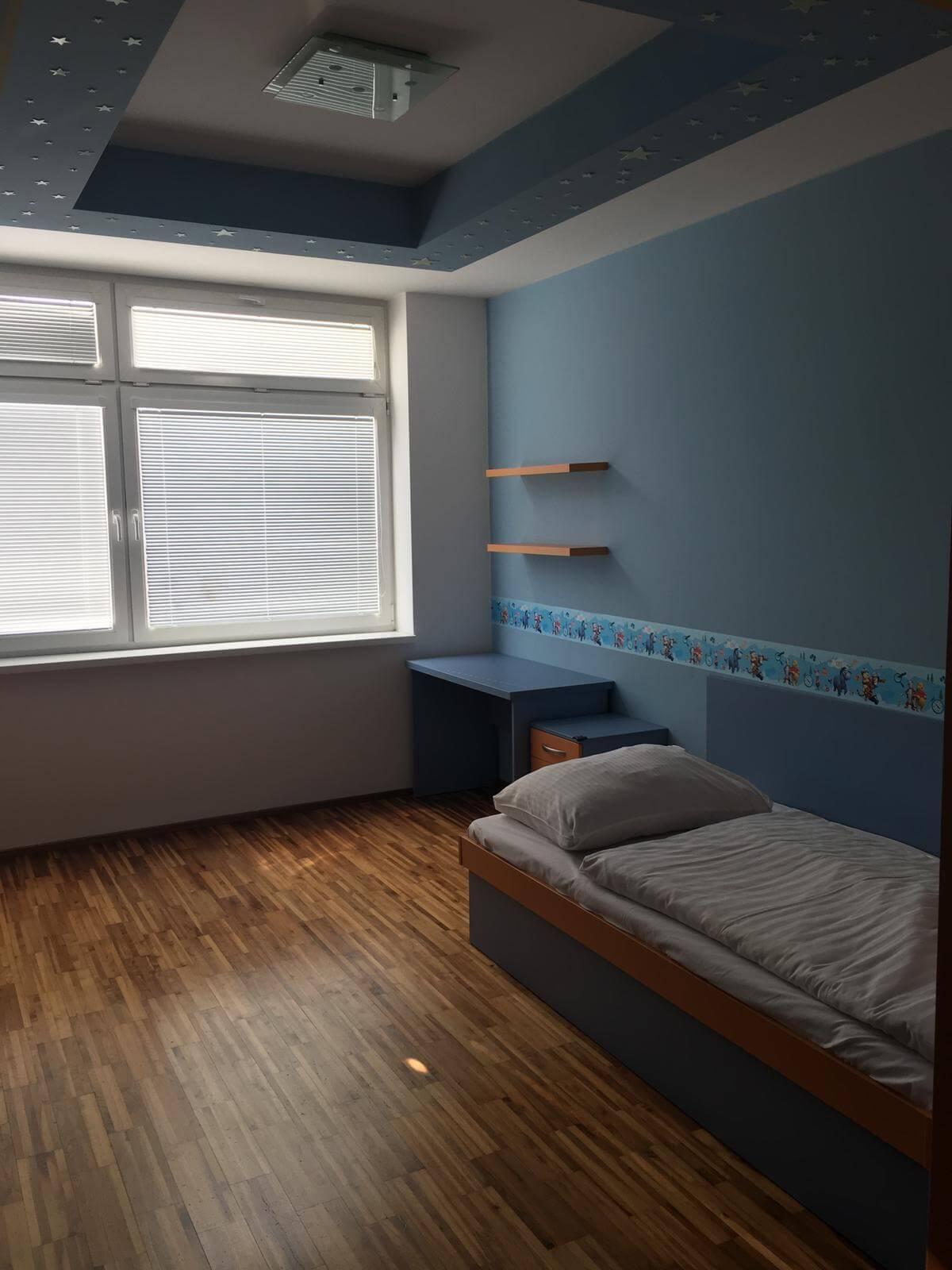 Prenajate: Prenájom 4 izbového luxusného bytu, Pri Slavíne, novostavba, 2x parkovanie, Boženy Nemcovej, Centrum-33