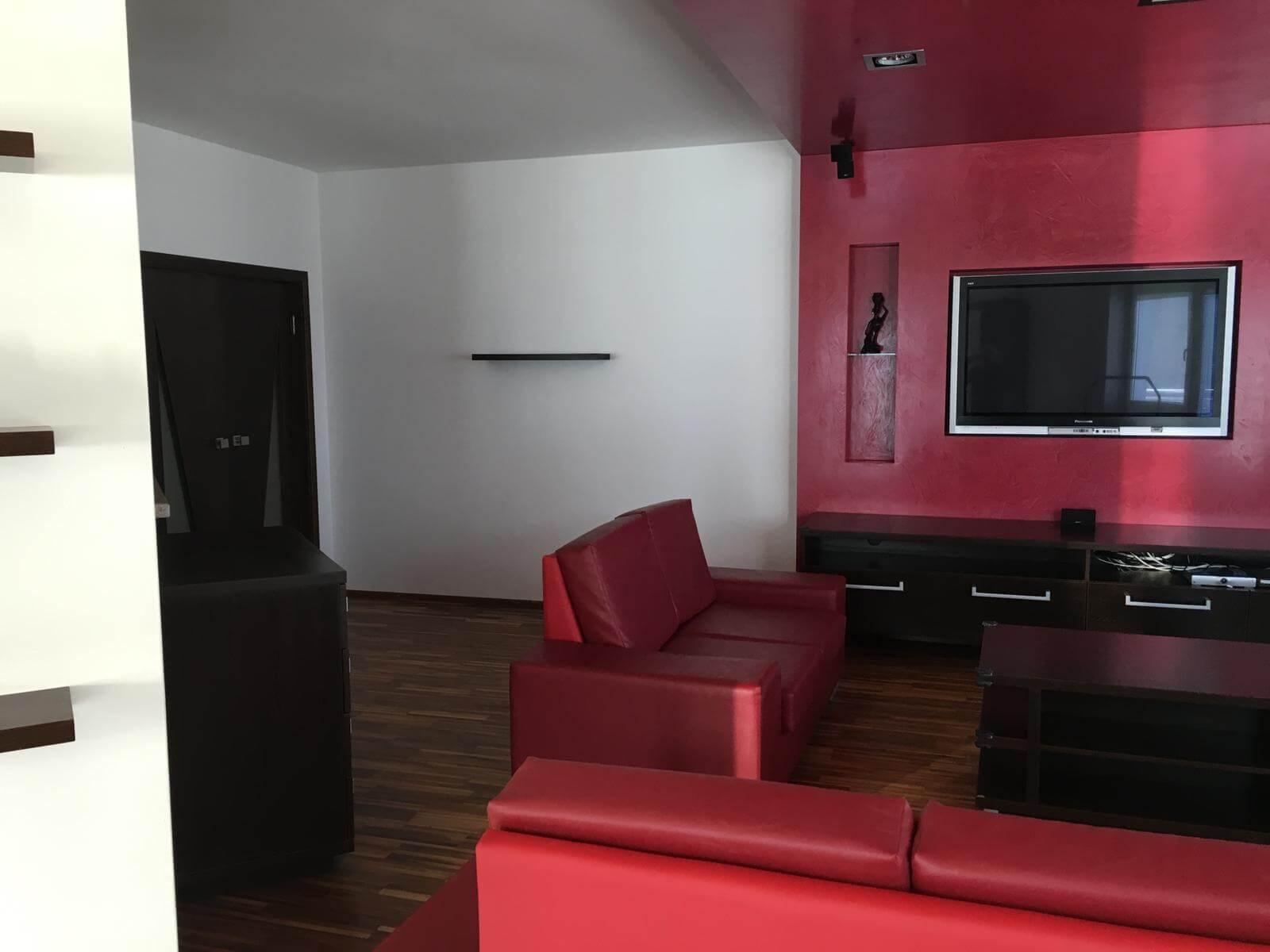Prenajate: Prenájom 4 izbového luxusného bytu, Pri Slavíne, novostavba, 2x parkovanie, Boženy Nemcovej, Centrum-25