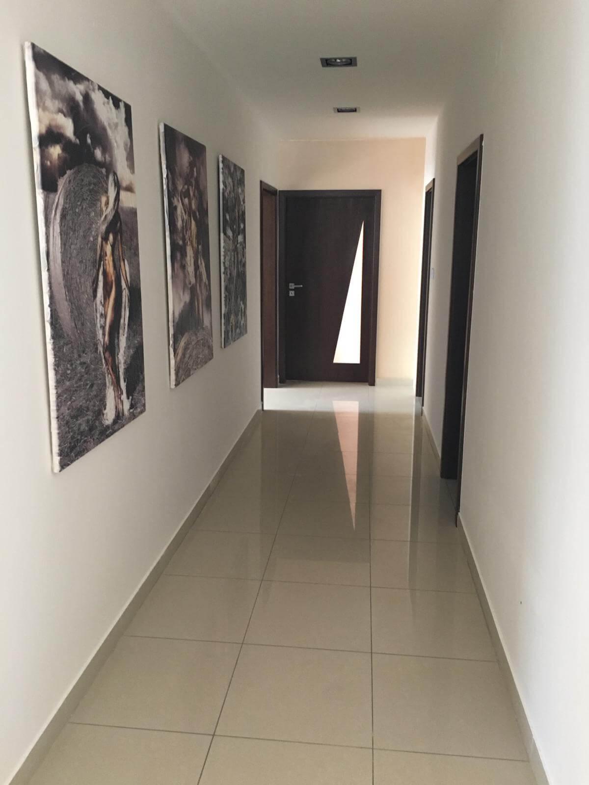 Prenajate: Prenájom 4 izbového luxusného bytu, Pri Slavíne, novostavba, 2x parkovanie, Boženy Nemcovej, Centrum-18
