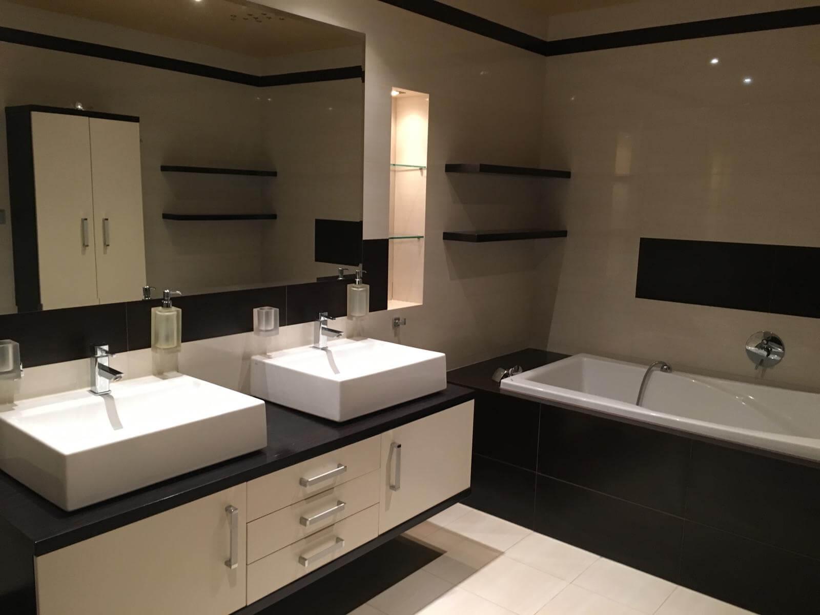 Prenajate: Prenájom 4 izbového luxusného bytu, Pri Slavíne, novostavba, 2x parkovanie, Boženy Nemcovej, Centrum-11