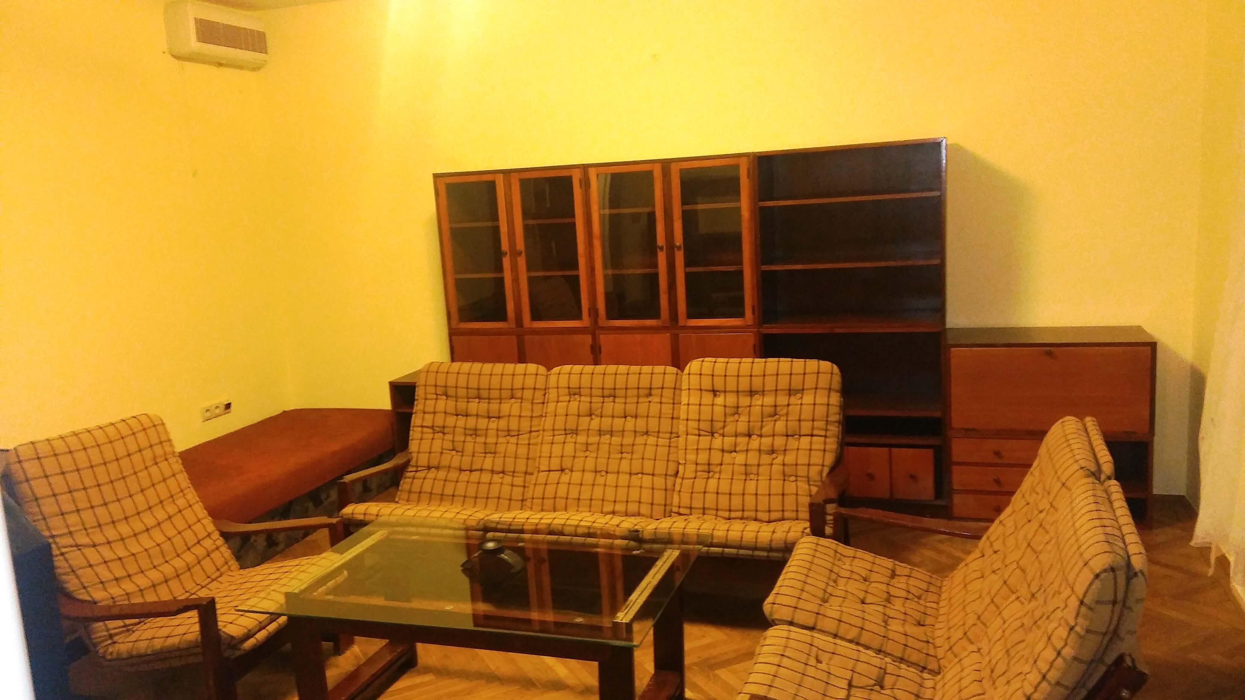 Prenájom jednej izby v 2 izb. byte, staré mesto, Šancová ulica, Bratislava, 80m2, zariadený-2