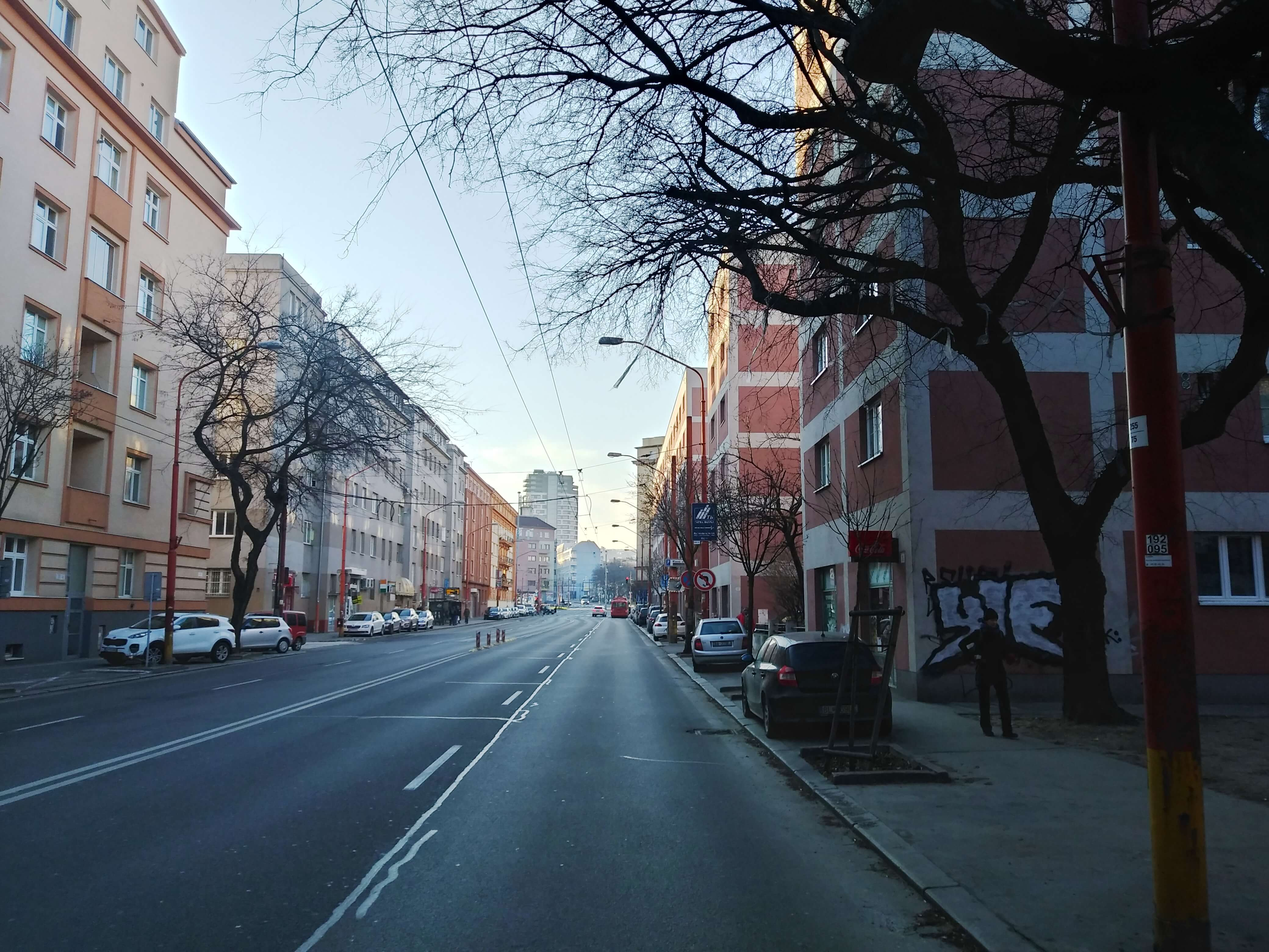 Prenájom jednej izby v 2 izb. byte, staré mesto, Šancová ulica, Bratislava, 80m2, zariadený-34