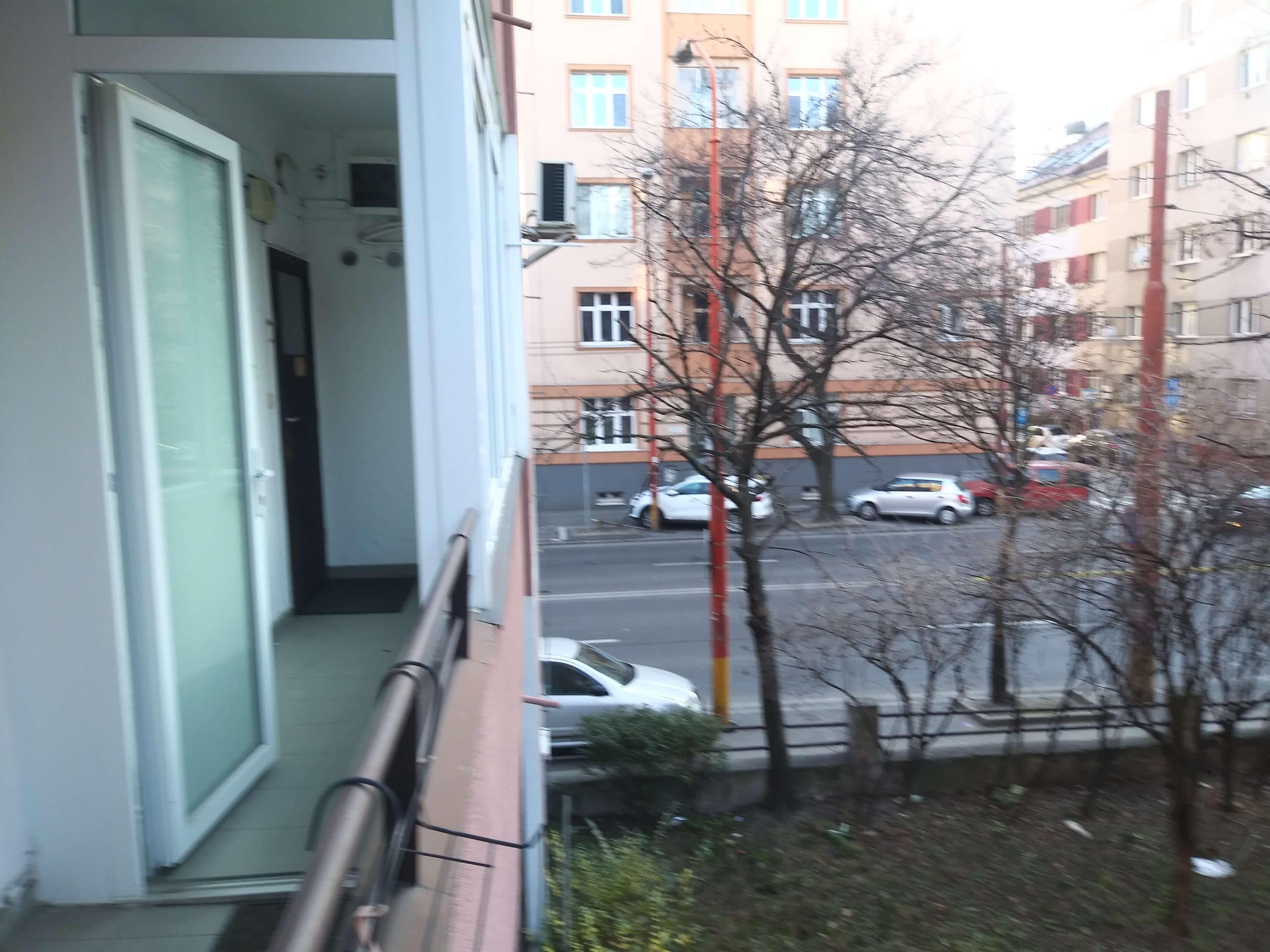 Prenájom jednej izby v 2 izb. byte, staré mesto, Šancová ulica, Bratislava, 80m2, zariadený-39