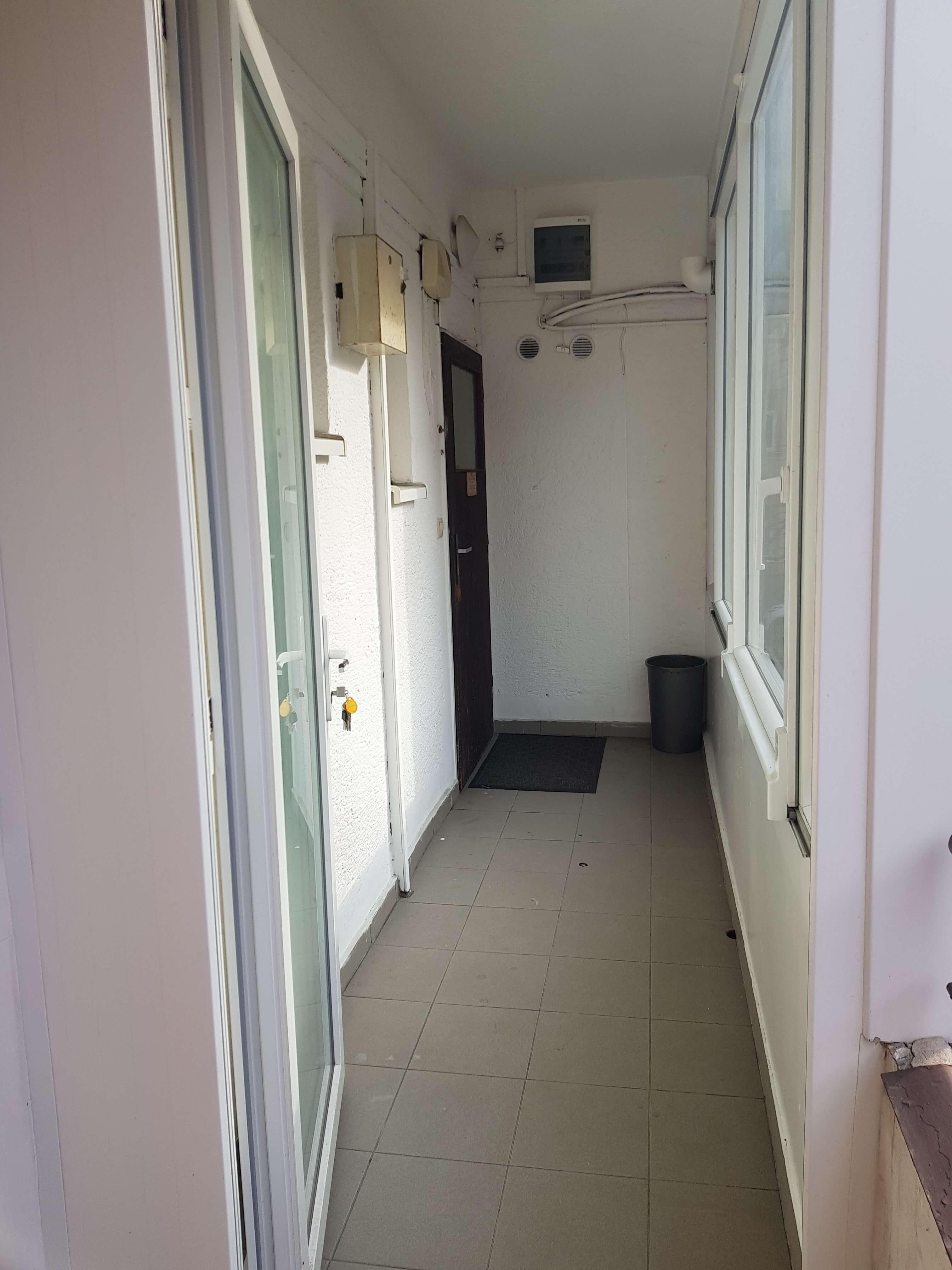 Prenájom jednej izby v 2 izb. byte, staré mesto, Šancová ulica, Bratislava, 80m2, zariadený-7