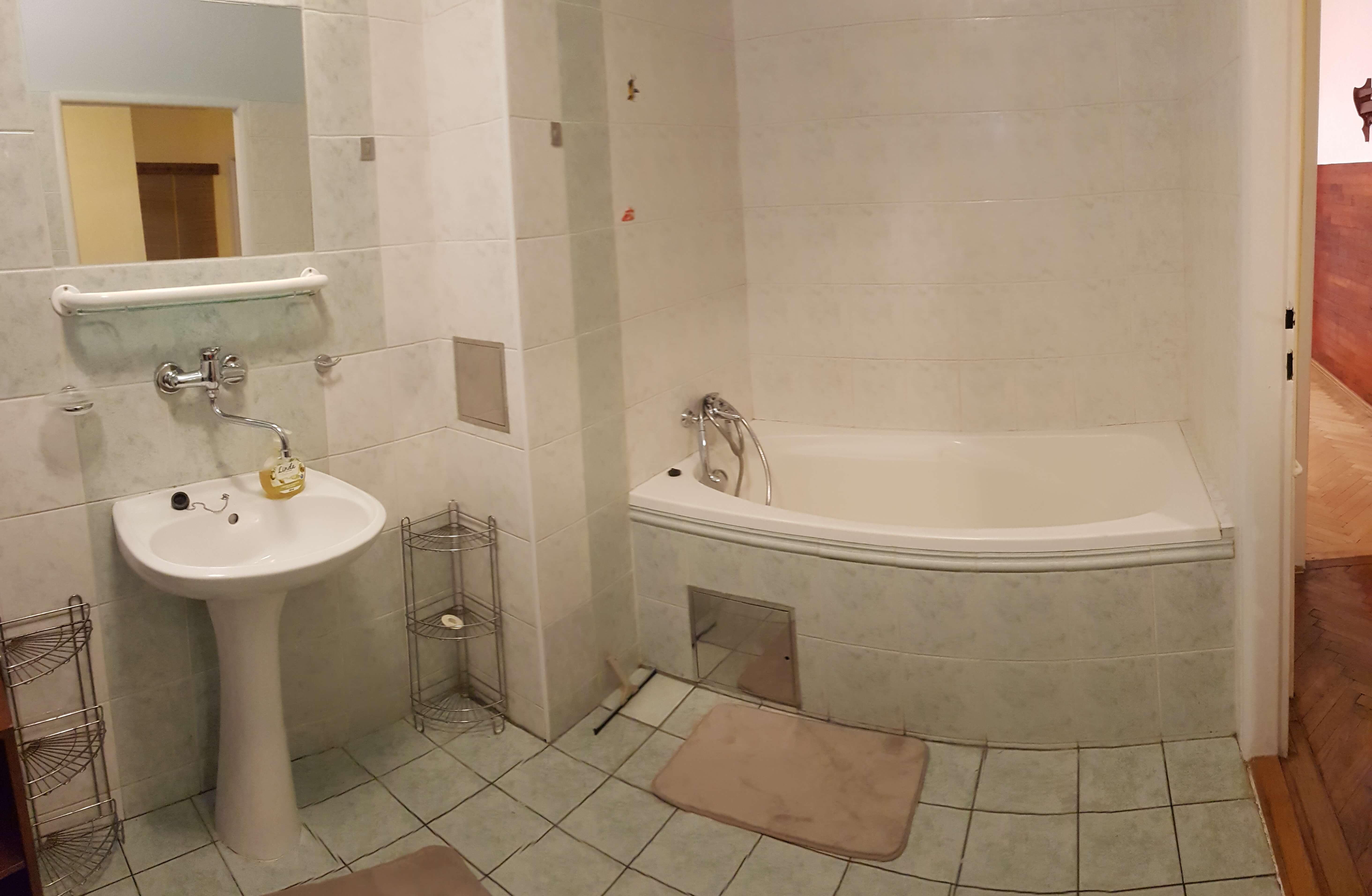 Prenájom jednej izby v 2 izb. byte, staré mesto, Šancová ulica, Bratislava, 80m2, zariadený-16