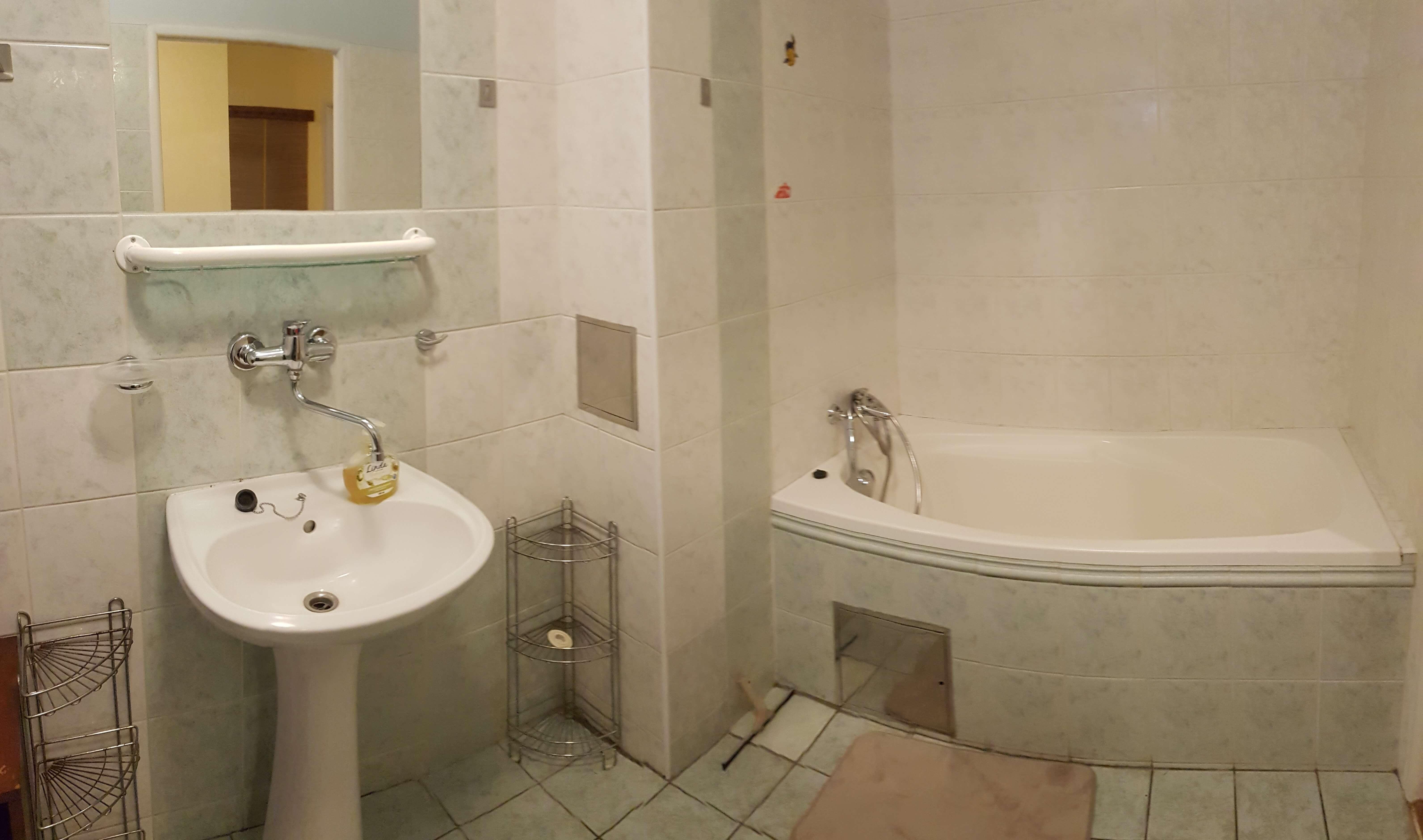 Prenájom jednej izby v 2 izb. byte, staré mesto, Šancová ulica, Bratislava, 80m2, zariadený-23