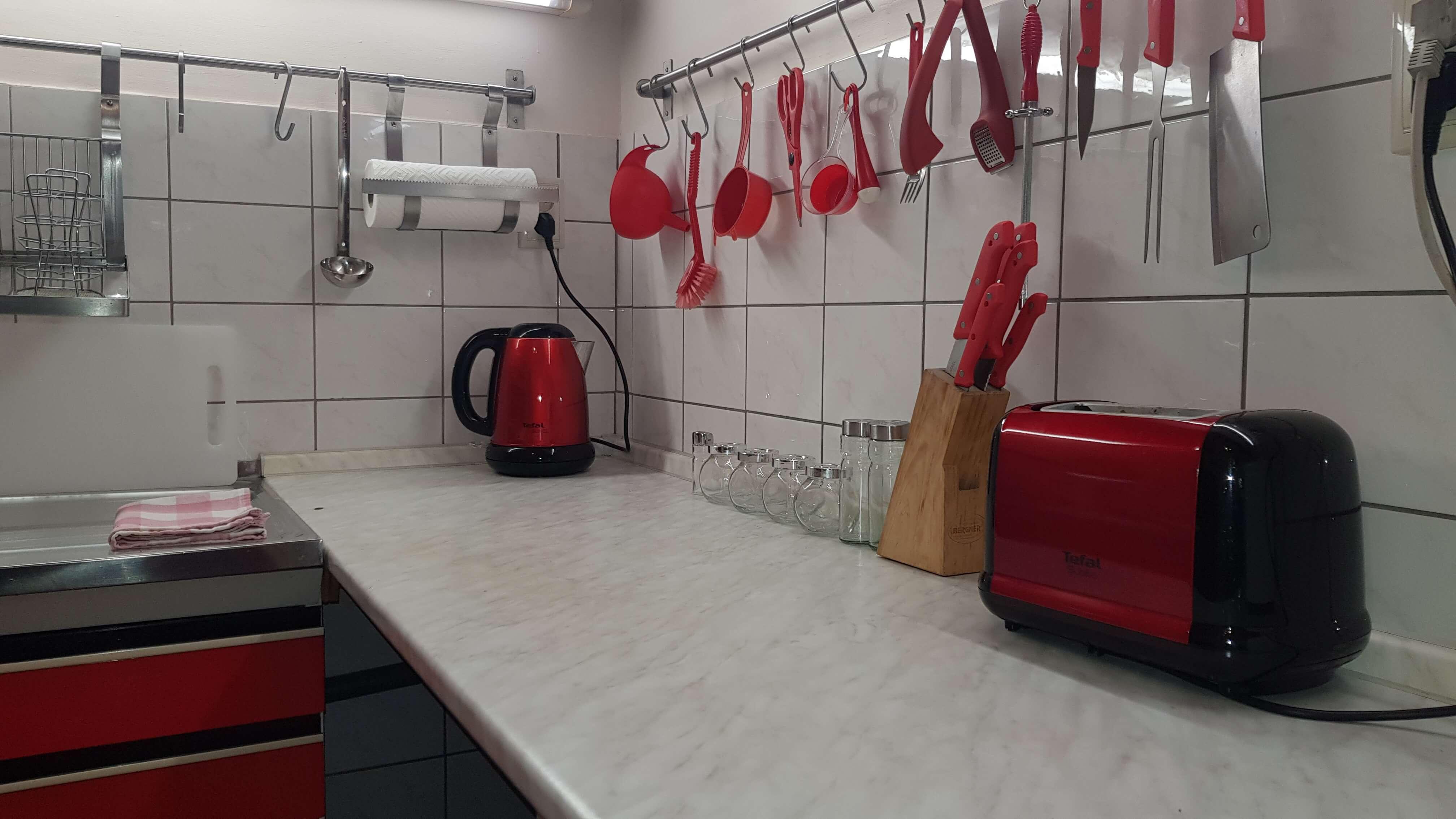 Prenájom jednej izby v 2 izb. byte, staré mesto, Šancová ulica, Bratislava, 80m2, zariadený-27