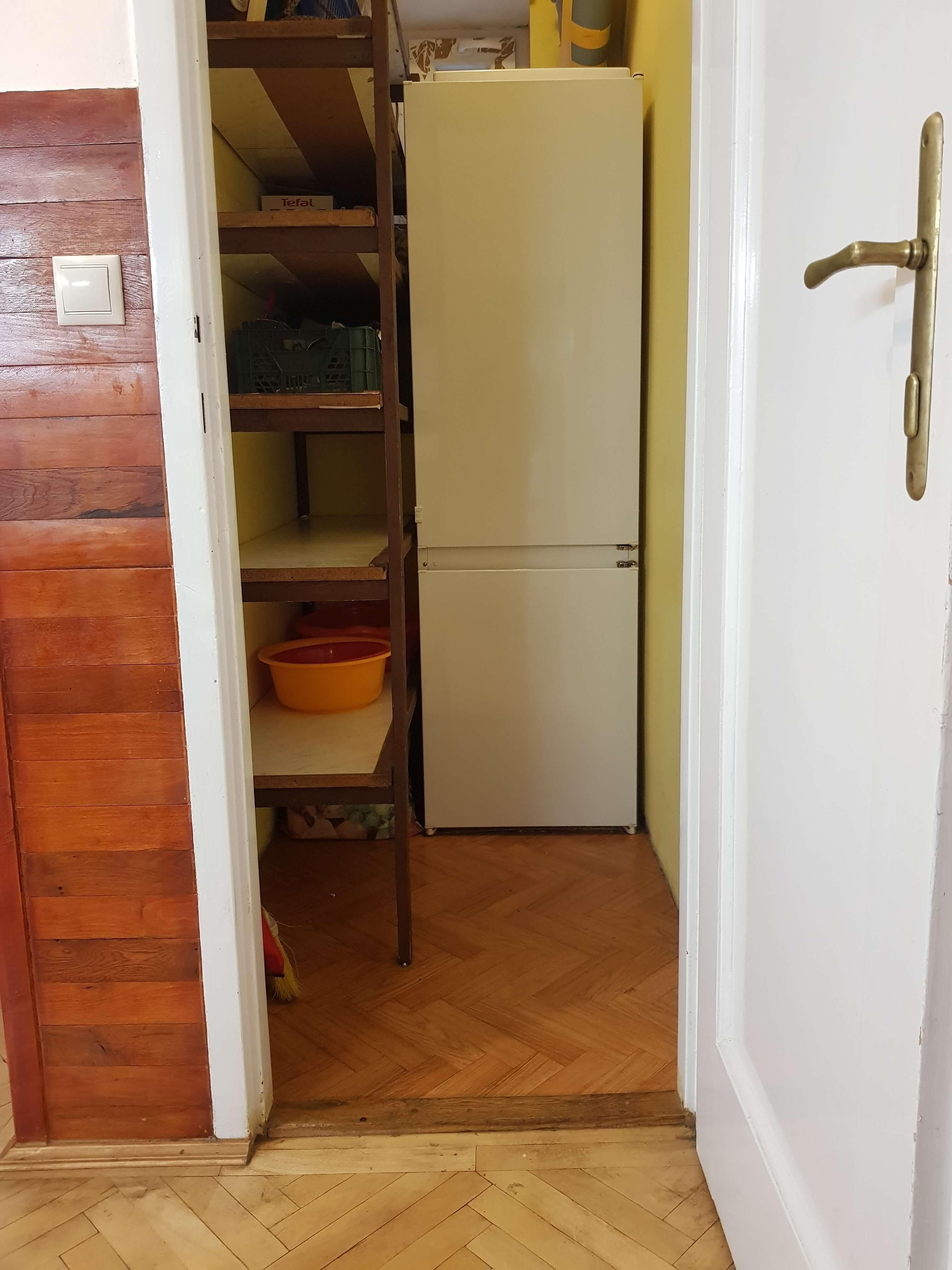 Prenájom jednej izby v 2 izb. byte, staré mesto, Šancová ulica, Bratislava, 80m2, zariadený-38
