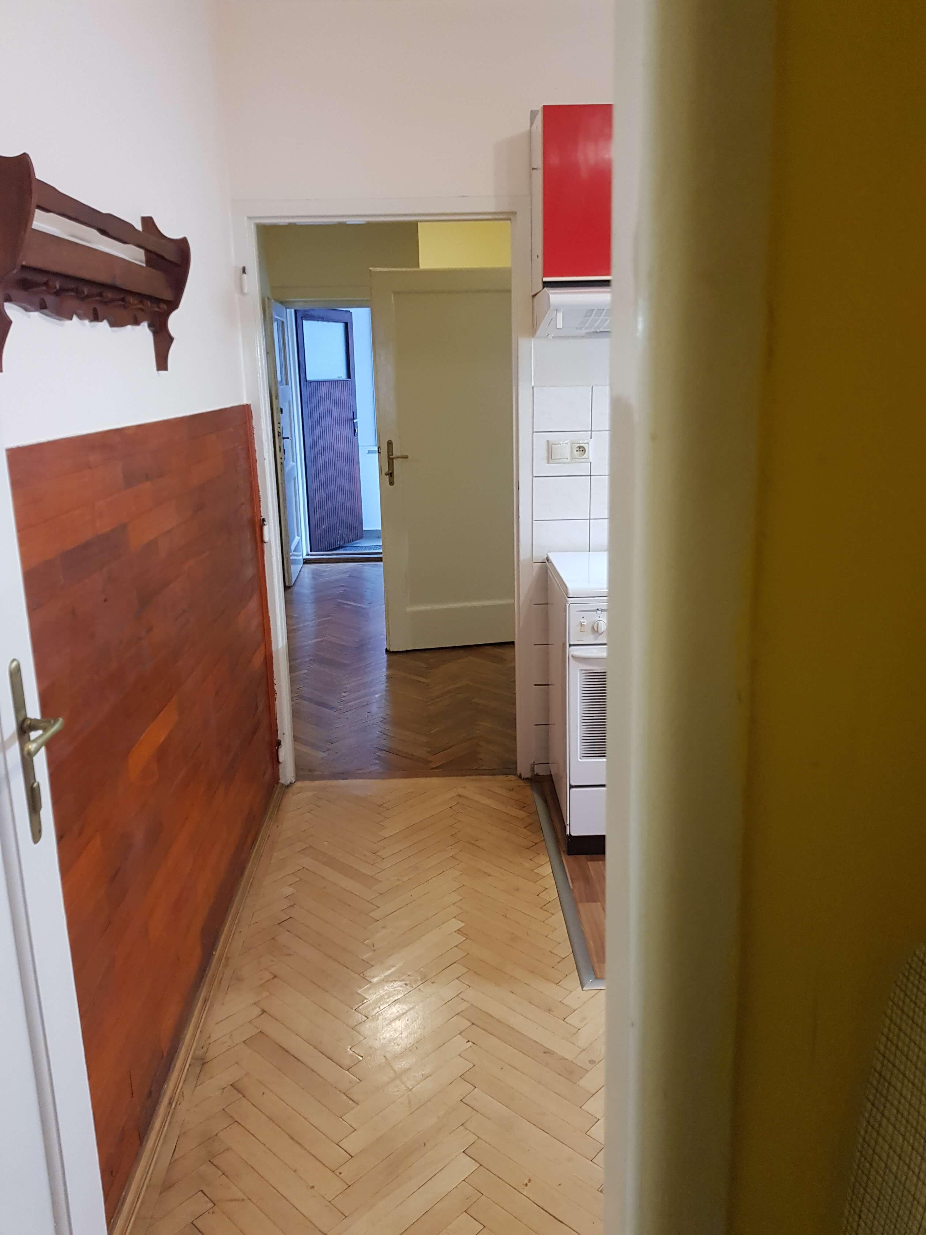 Prenájom jednej izby v 2 izb. byte, staré mesto, Šancová ulica, Bratislava, 80m2, zariadený-37