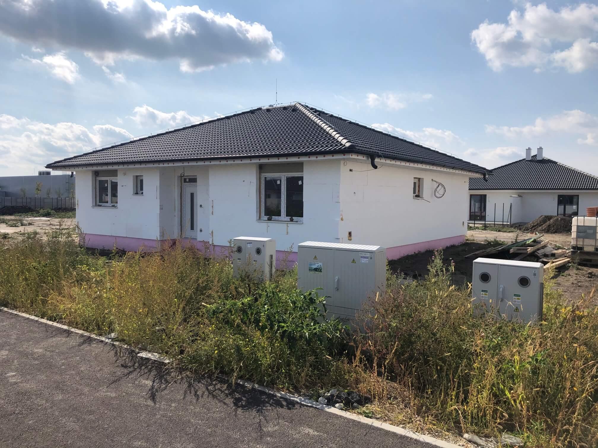 Predané: Exkluzívne 4 izbový Rodinný dom BUNGALOV 116m2, Miloslavov, pozemok 600m2-2