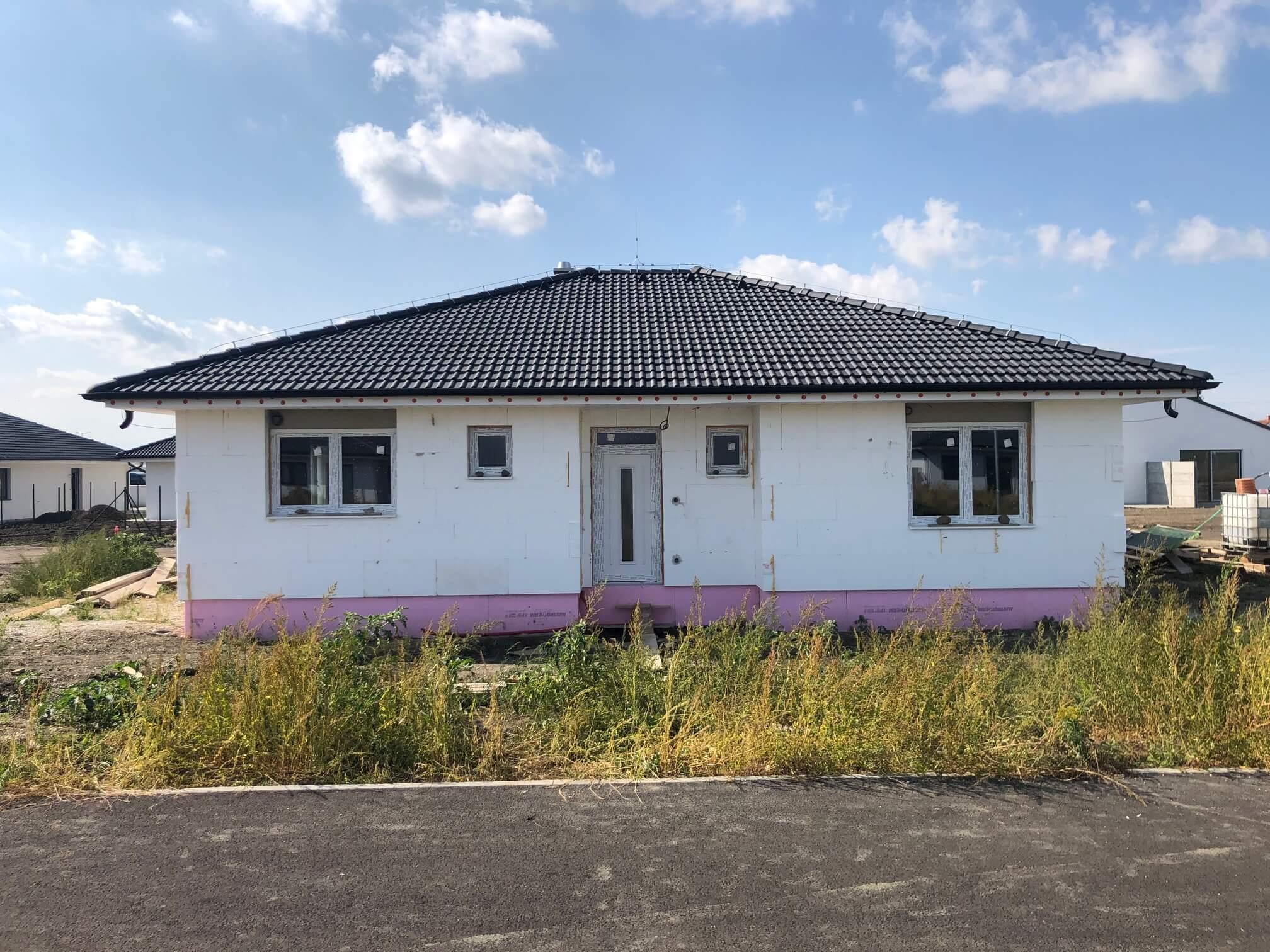 Predané: Exkluzívne 4 izbový Rodinný dom BUNGALOV 116m2, Miloslavov, pozemok 600m2-0