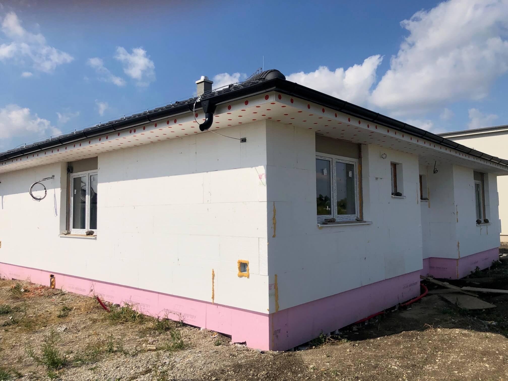 Predané: Exkluzívne 4 izbový Rodinný dom BUNGALOV 116m2, Miloslavov, pozemok 600m2-3