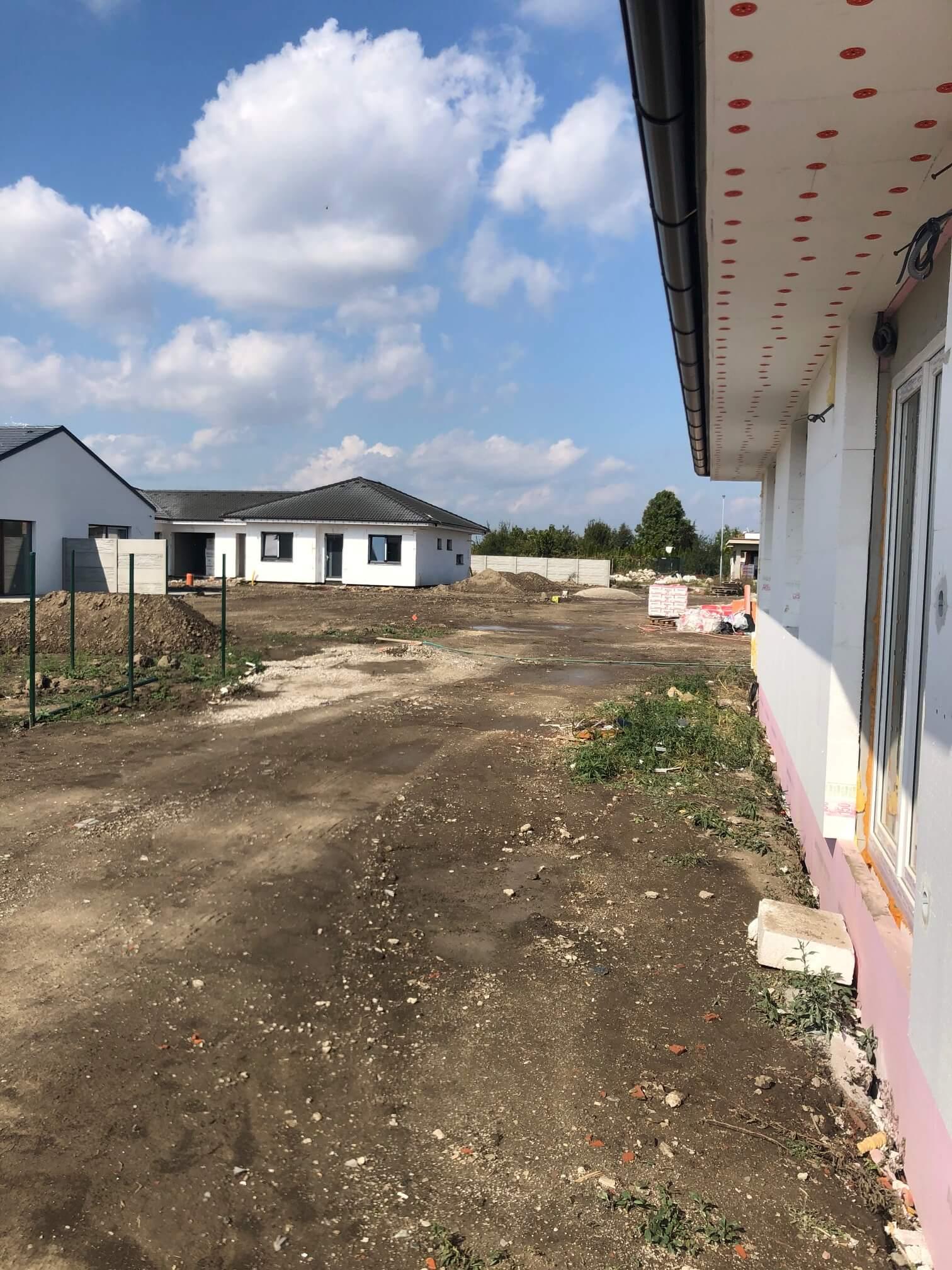 Predané: Exkluzívne 4 izbový Rodinný dom BUNGALOV 116m2, Miloslavov, pozemok 600m2-27