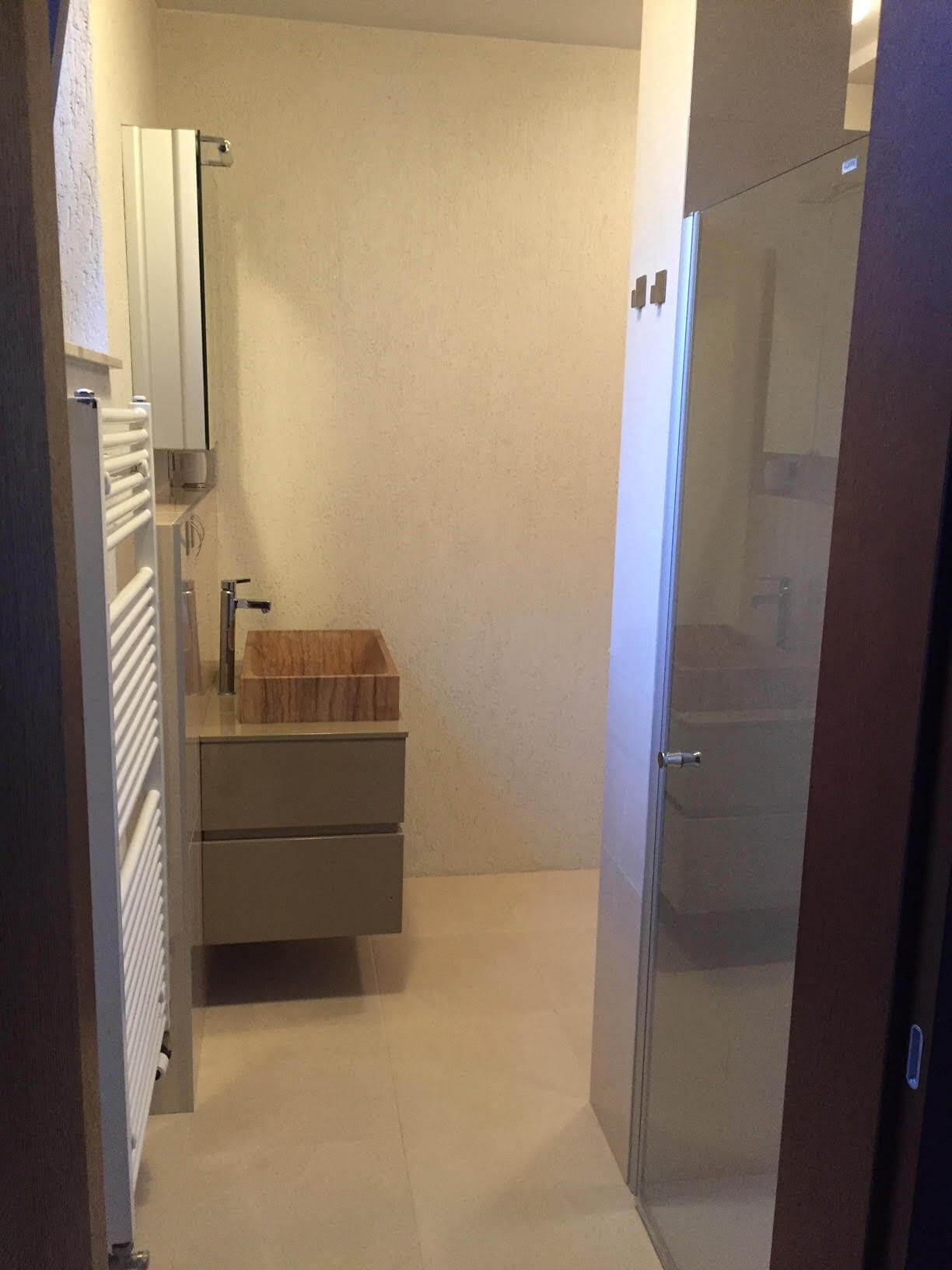 Prenajaté: Luxusný 3 izbový byt v centre BA, 88m2, Dunajská 48, balkón 6m, garážové státie,klimatizácia, krb-8
