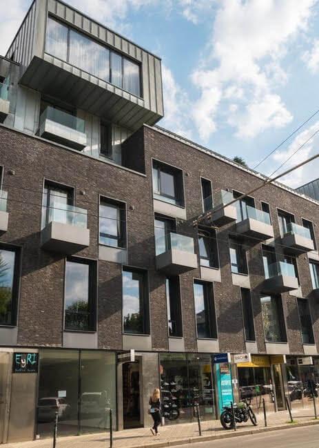 Prenajaté: Luxusný 3 izbový byt v centre BA, 88m2, Dunajská 48, balkón 6m, garážové státie,klimatizácia, krb-0