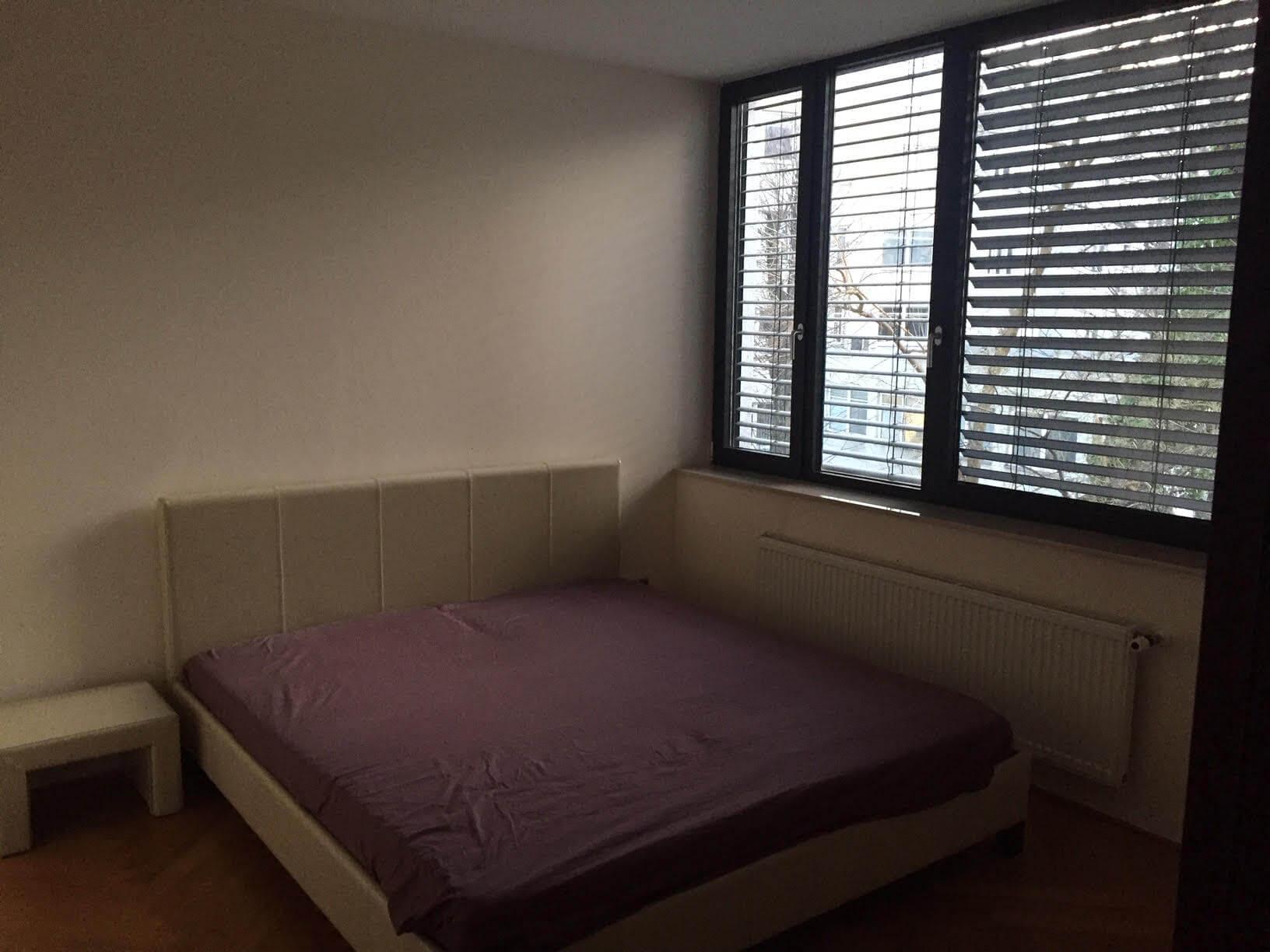 Prenajaté: Luxusný 3 izbový byt v centre BA, 88m2, Dunajská 48, balkón 6m, garážové státie,klimatizácia, krb-6
