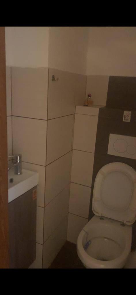 Prenajaté: Na prenájom exkluzívny nebytový priestor, kancelárie, 3 izby, 35m2, v Centre BA, Gorkeho 1,-12