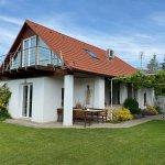 Predané: Predaj Rodinný dom v Šoporni, v tichej lokalite, pozemok 674m2, úžitková plocha 181m2,záhrada, kôlňa-0