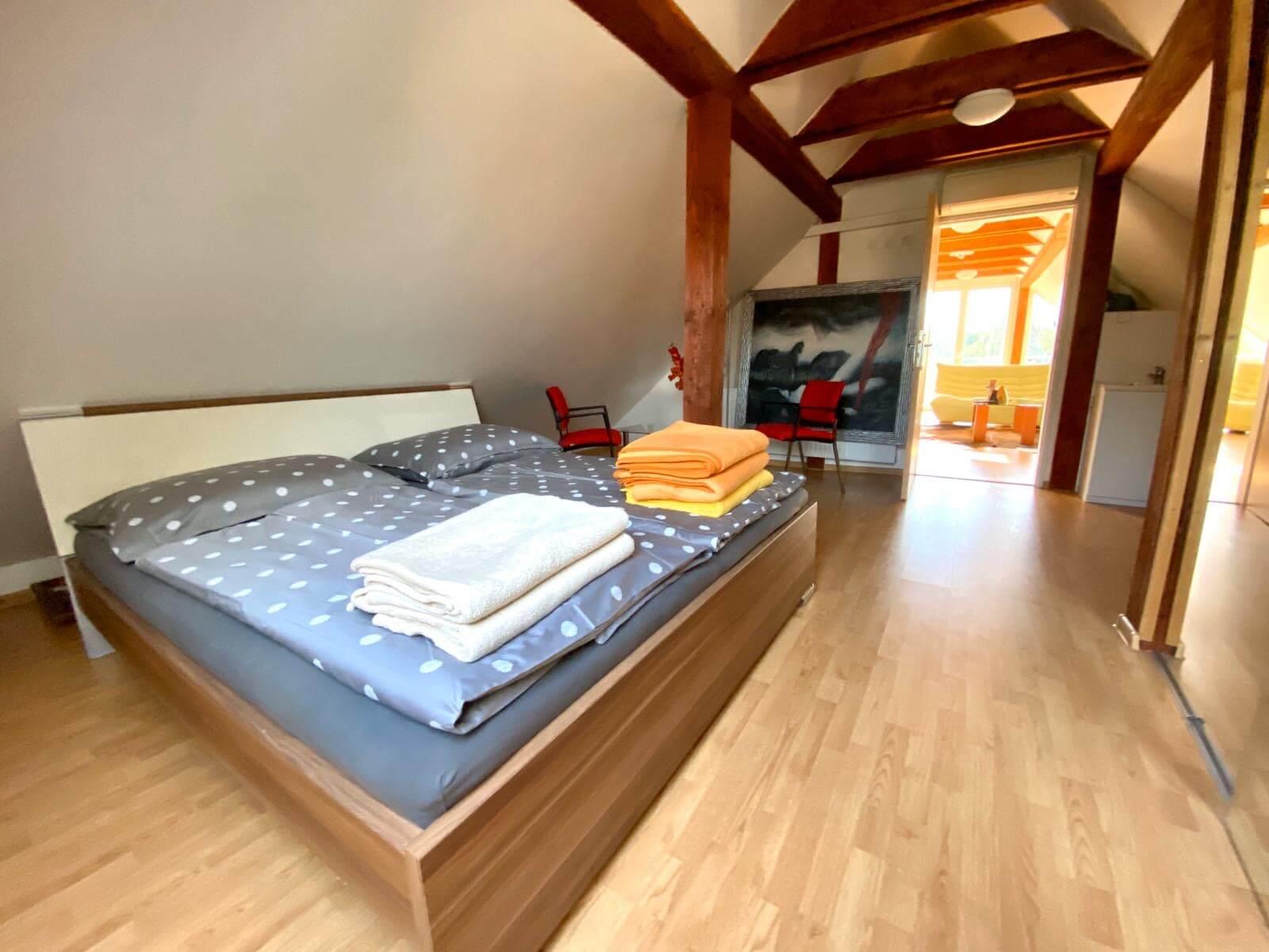 Predané: Predaj Rodinný dom v Šoporni, v tichej lokalite, pozemok 674m2, úžitková plocha 181m2,záhrada, kôlňa-12