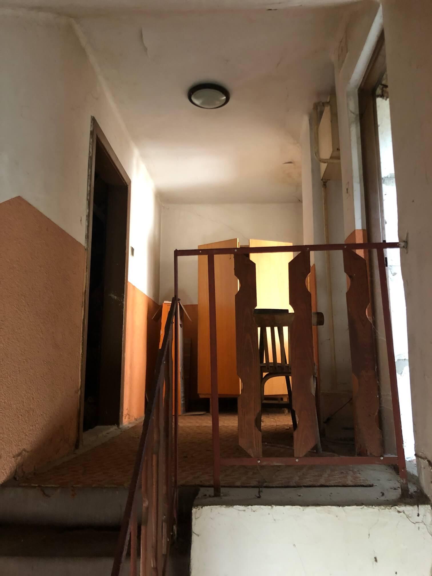 Prenajaté: Exkluzívne: Rodinný dom, 4 izbový, Šalgočka úžitková 140m2, podpivničenie 120m2, pozemok 1500m2-54