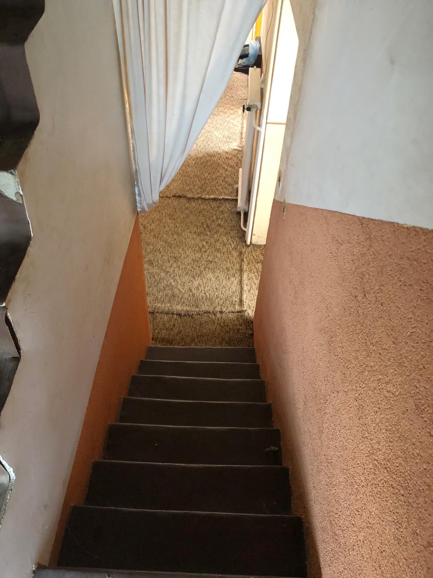 Prenajaté: Exkluzívne: Rodinný dom, 4 izbový, Šalgočka úžitková 140m2, podpivničenie 120m2, pozemok 1500m2-53