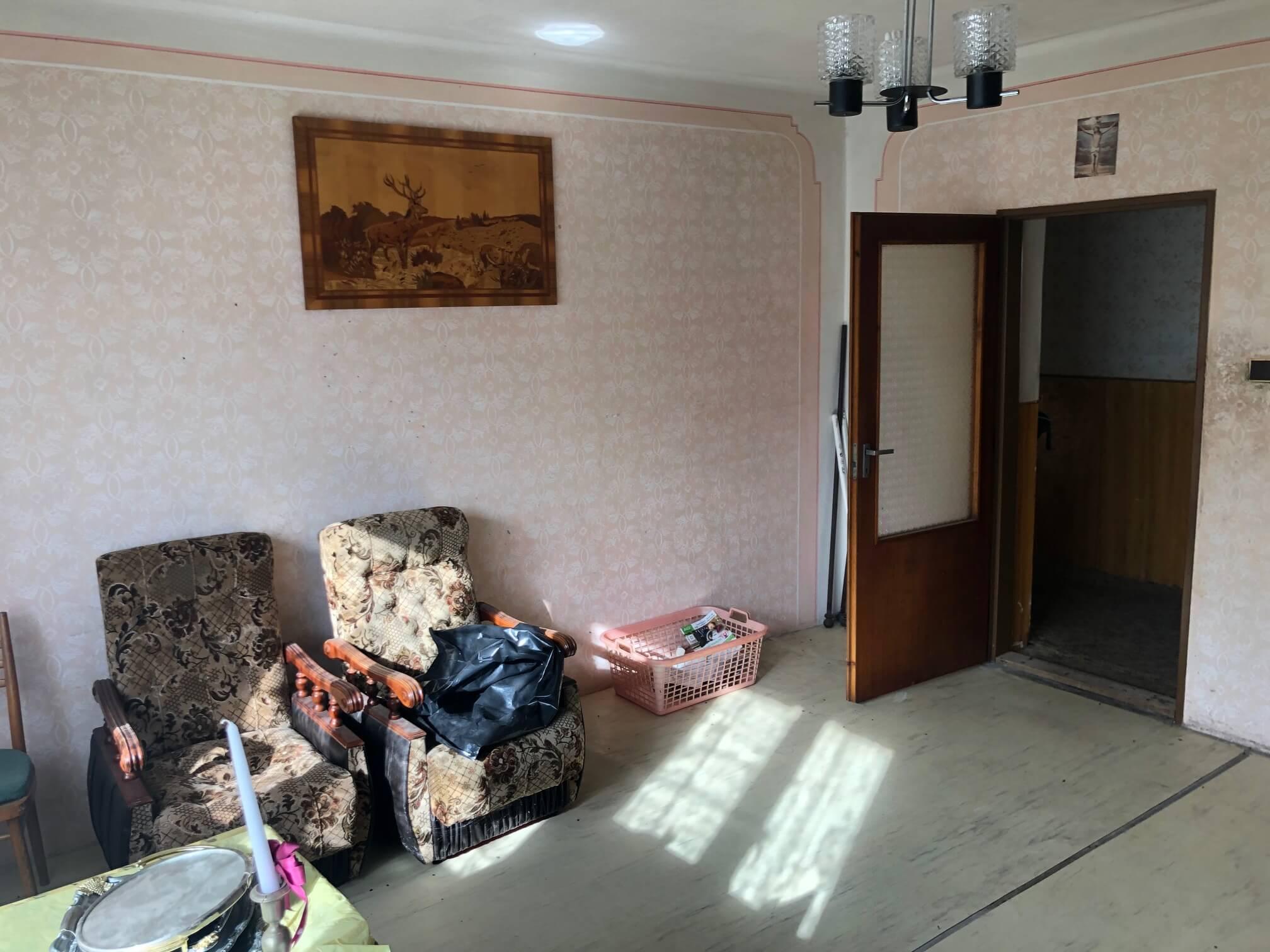 Prenajaté: Exkluzívne: Rodinný dom, 4 izbový, Šalgočka úžitková 140m2, podpivničenie 120m2, pozemok 1500m2-43