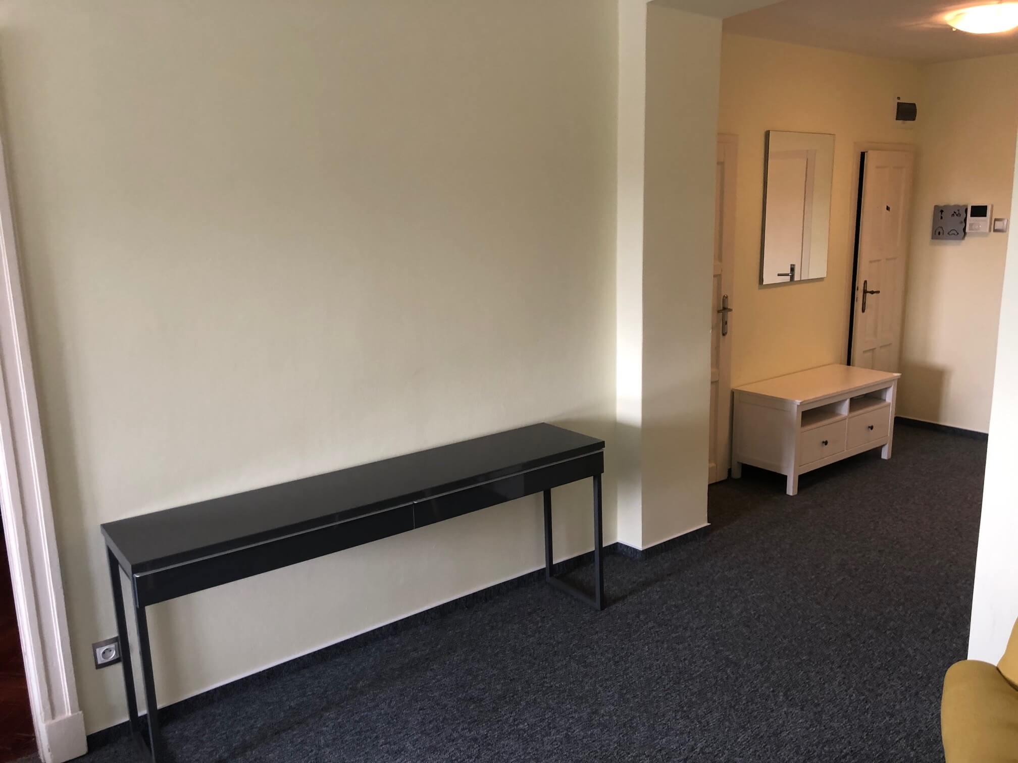 Prenajaté: Na prenájom exkluzívne 2 izbový byt, 73,34m2, v Centre BA, Gorkeho 7, 7 poschodie-8