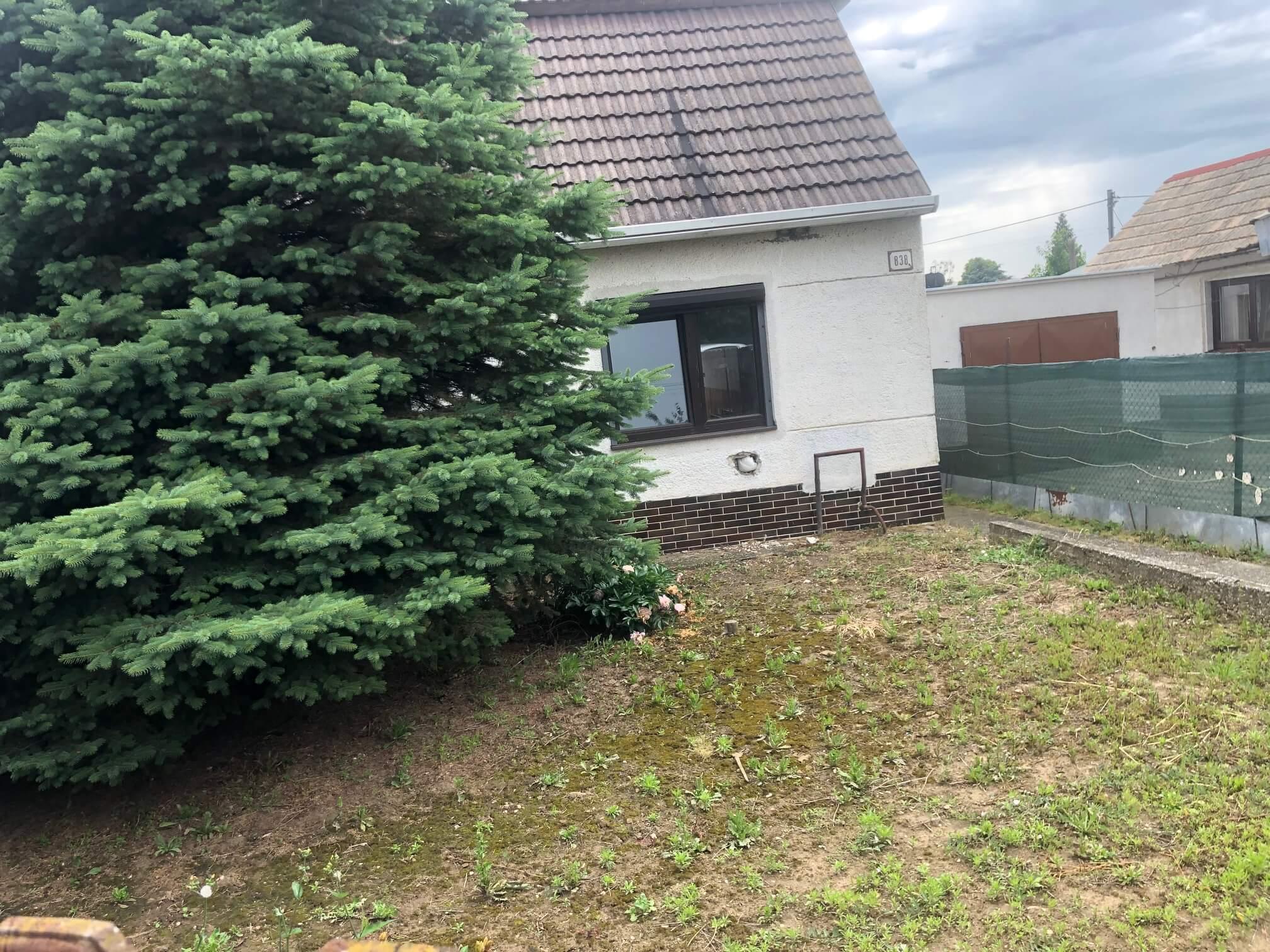 Predané: Pôvodný 4 izbový Rodinný dom v Šoporni, úžitková 96m2 plus 96m2 povala, pozemok 550m2-7