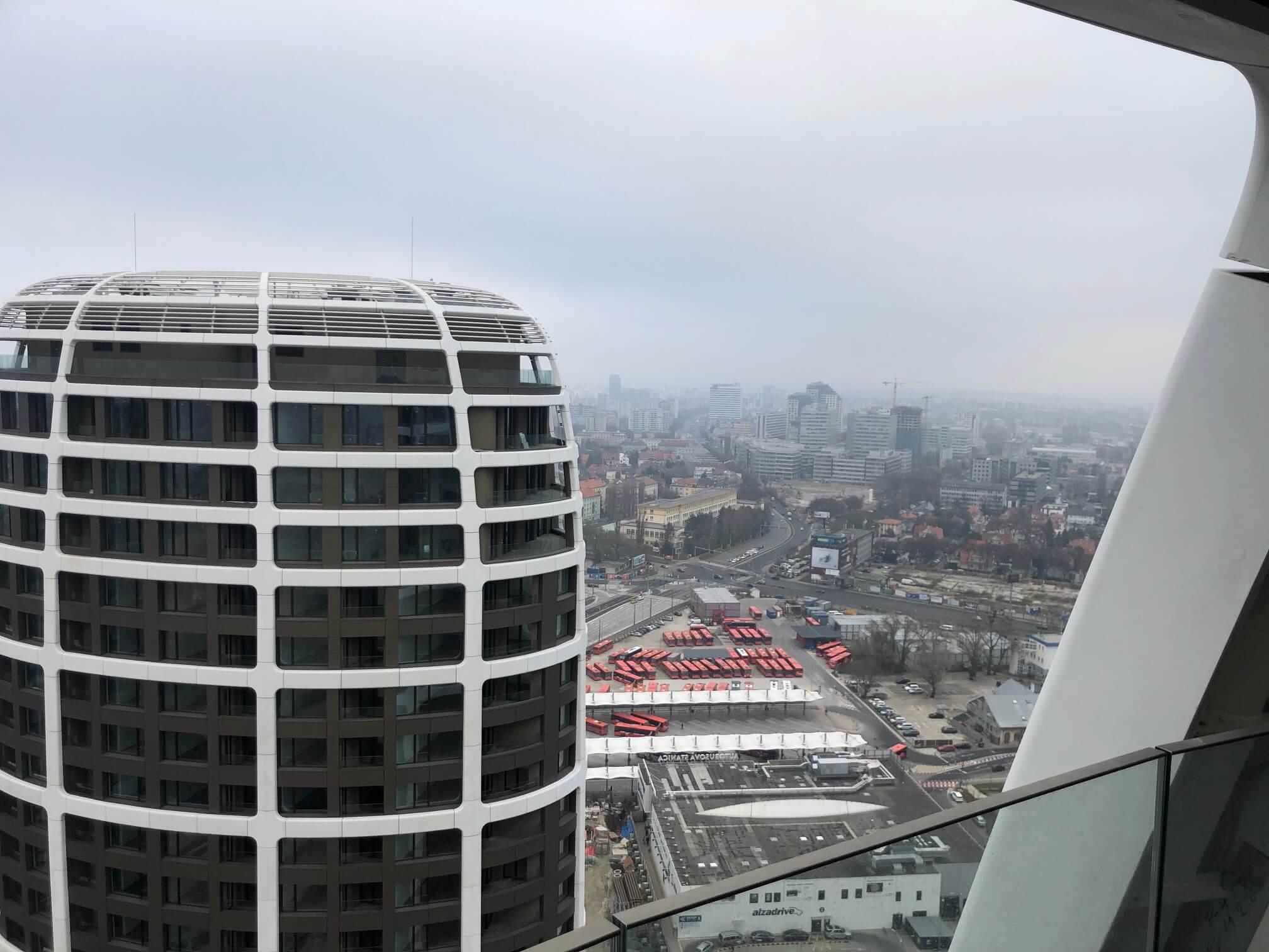 Predané: 2 izbový byt v Sky parku, I Veža, 6 nadzemné podlažie, úžitková 46,28 m2 ,Loggia 4,75m2, parkovanie-3