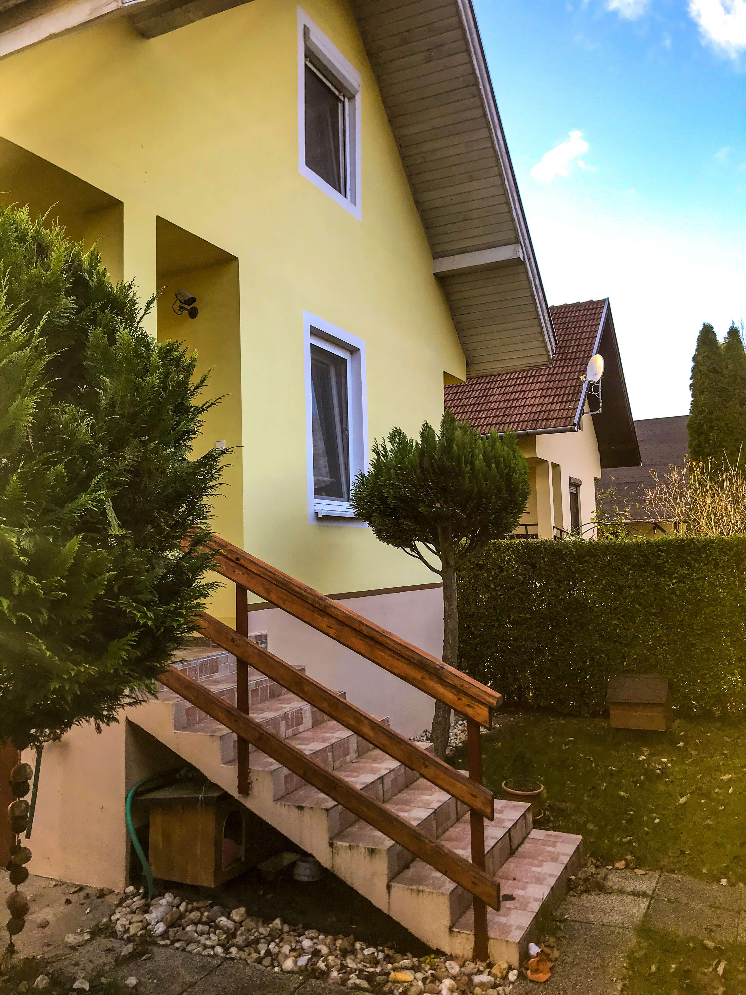 Predané: Exkluzívne 3 izbová chata o výmere 70m2 s 300m2 pozemkom, 2 podložná, v Gabčíkove pri hrádzi, kompe-33