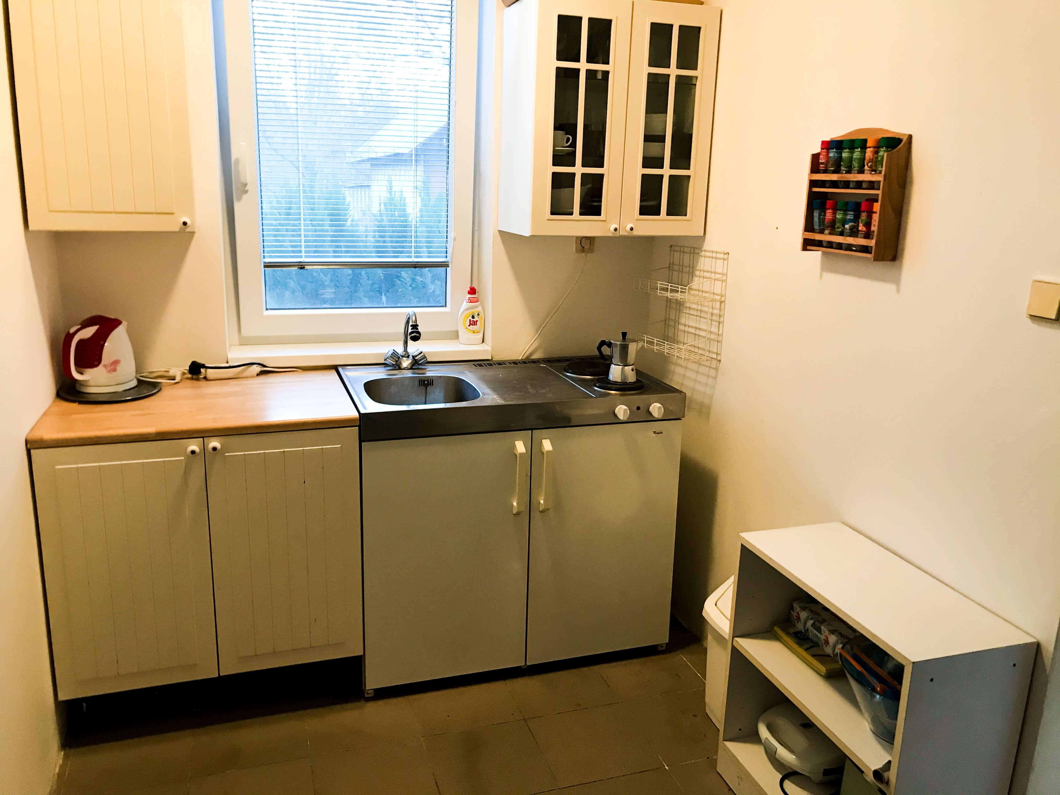 Predané: Exkluzívne 3 izbová chata o výmere 70m2 s 300m2 pozemkom, 2 podložná, v Gabčíkove pri hrádzi, kompe-25