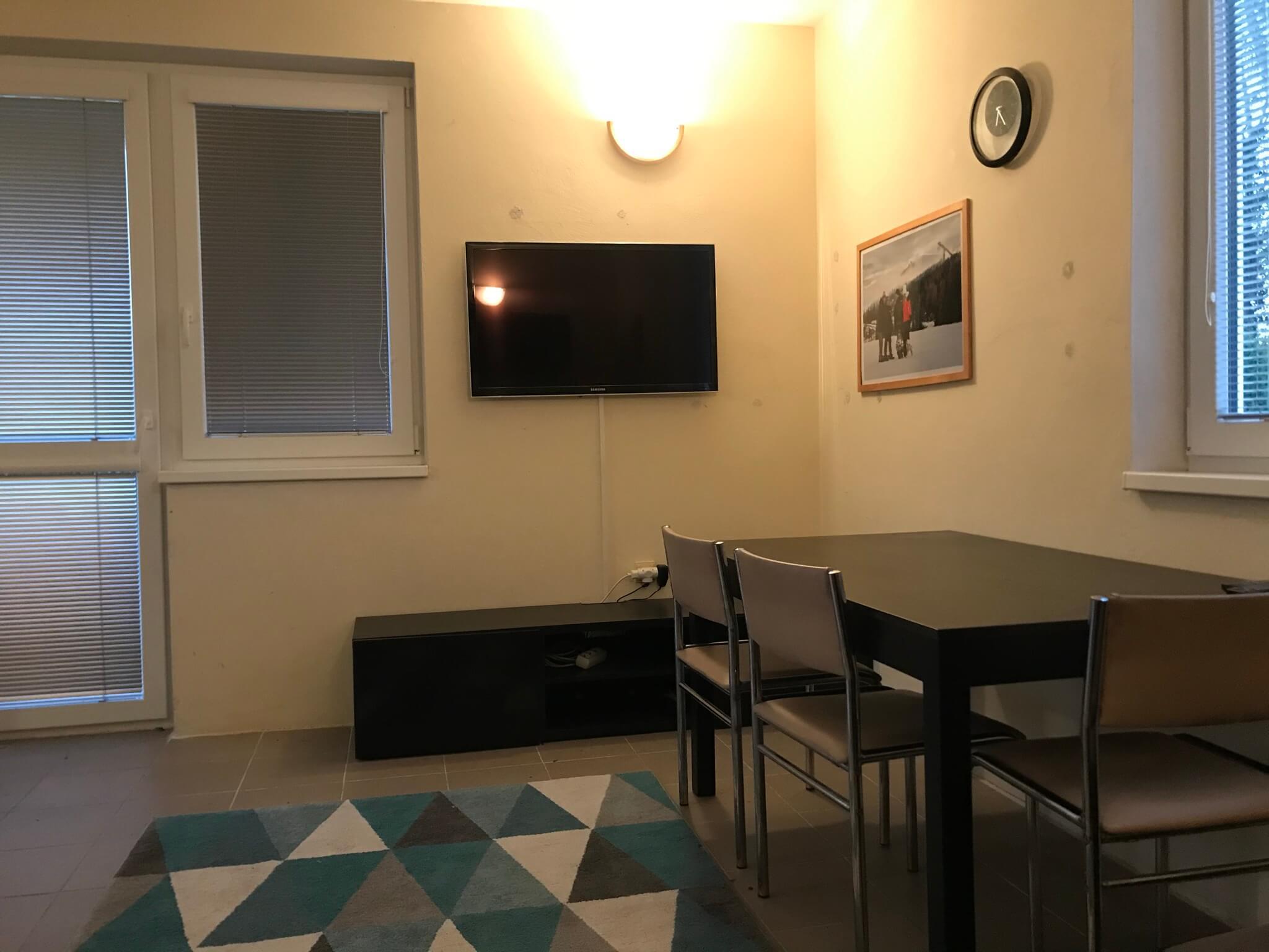 Predané: Exkluzívne 3 izbová chata o výmere 70m2 s 300m2 pozemkom, 2 podložná, v Gabčíkove pri hrádzi, kompe-18
