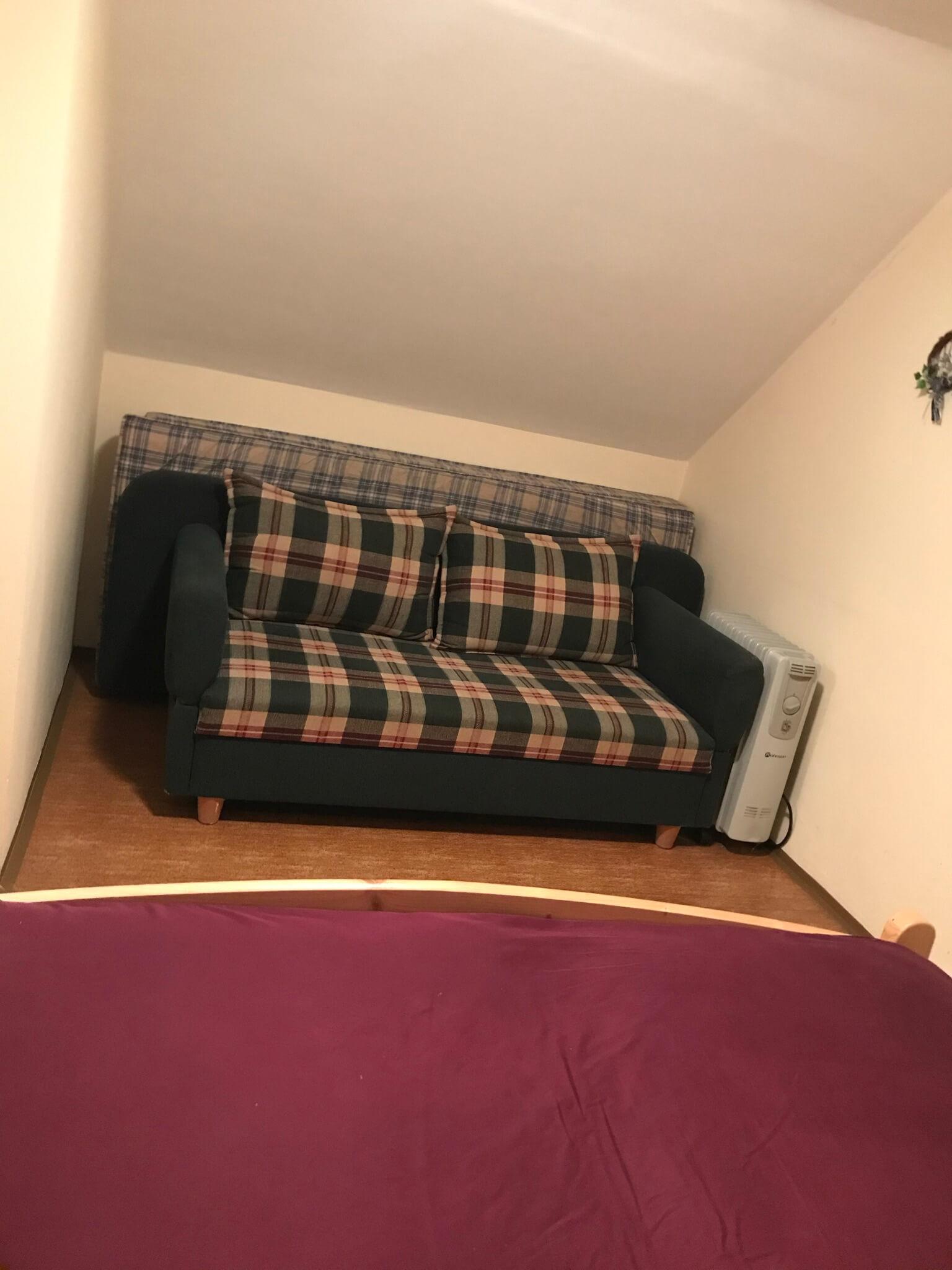 Predané: Exkluzívne 3 izbová chata o výmere 70m2 s 300m2 pozemkom, 2 podložná, v Gabčíkove pri hrádzi, kompe-8