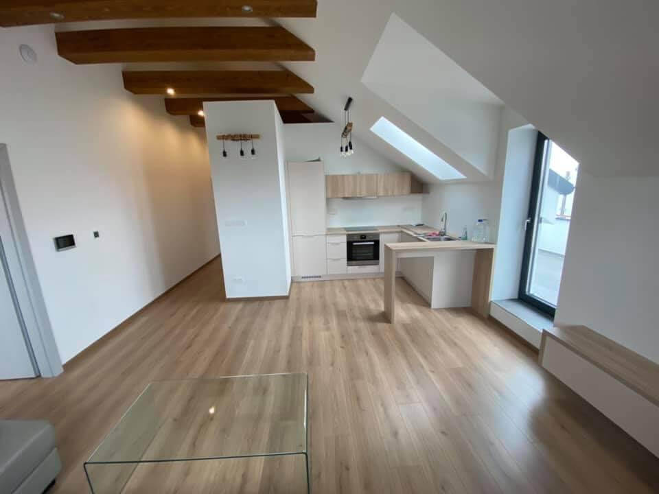 Na predaj novostavba, 2 izbový byt v Malackách, Kukučínová ulica,60m2, terasa 30m2, 2x parkovacie miesto-1